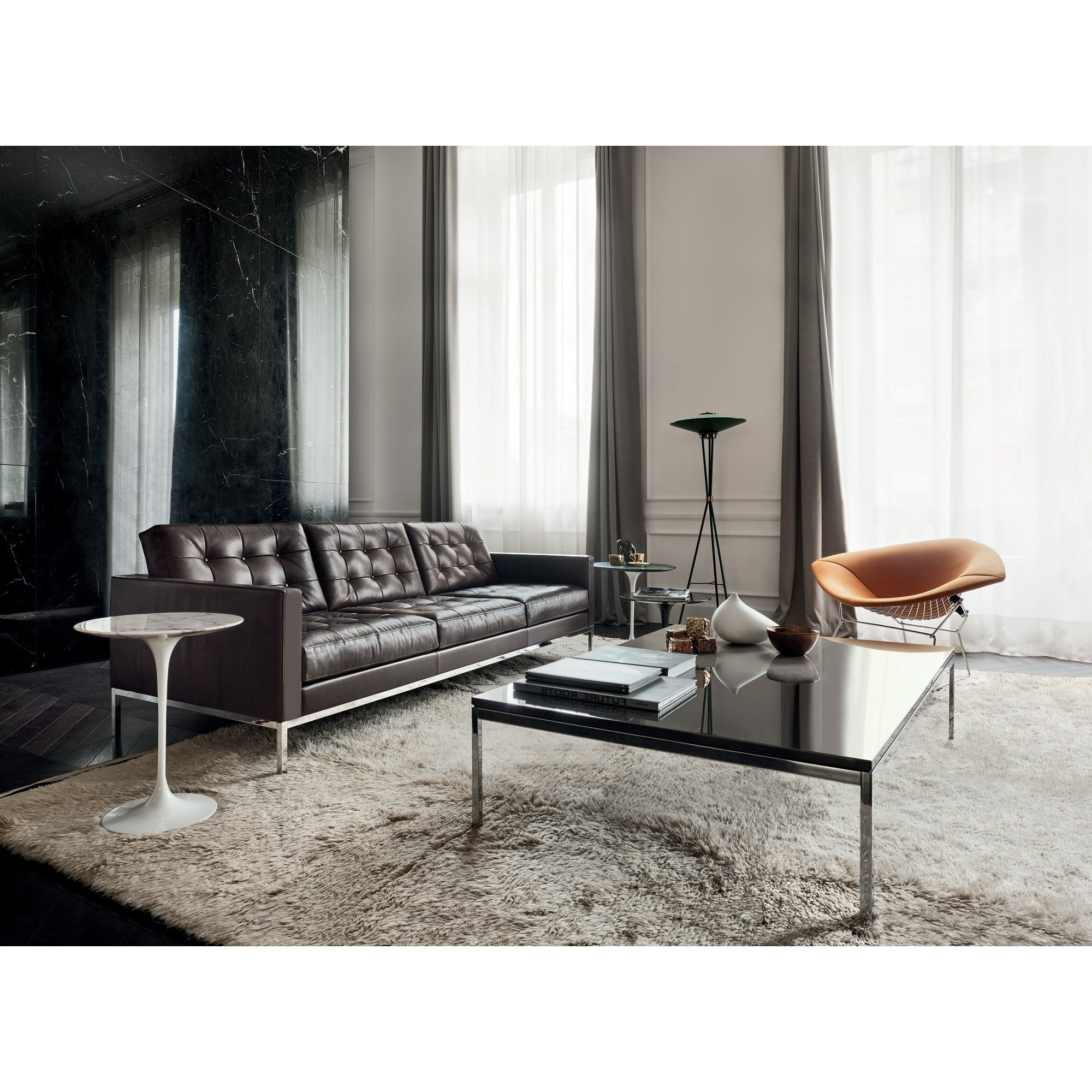 Florence Knoll 'relax' Sofa (View 5 of 20)