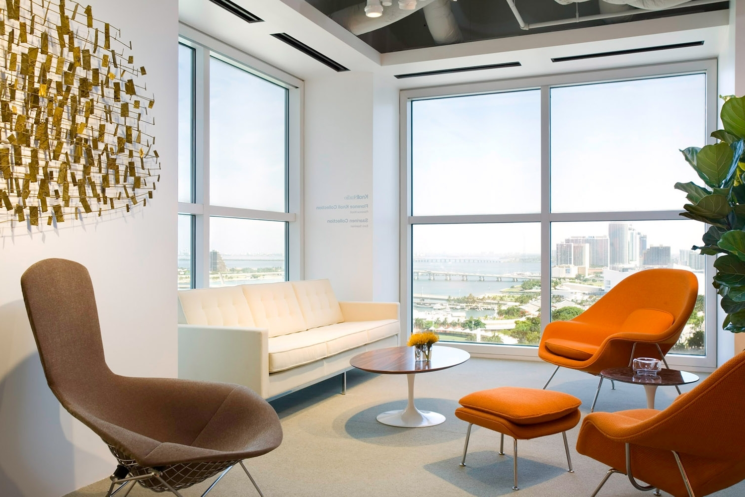 Florence Knoll Sofa, Bertoia Bird Lounge, Saarinen Womb Chairs And For Most Popular Florence Knoll Living Room Sofas (Gallery 8 of 20)