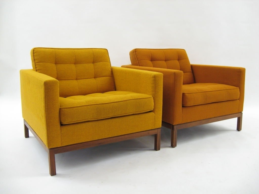 Florence Knoll Wood Legs Sofas In Newest Pair Of Florence Knoll Lounge Chairs With Uncommon Wood Bases At (View 8 of 20)