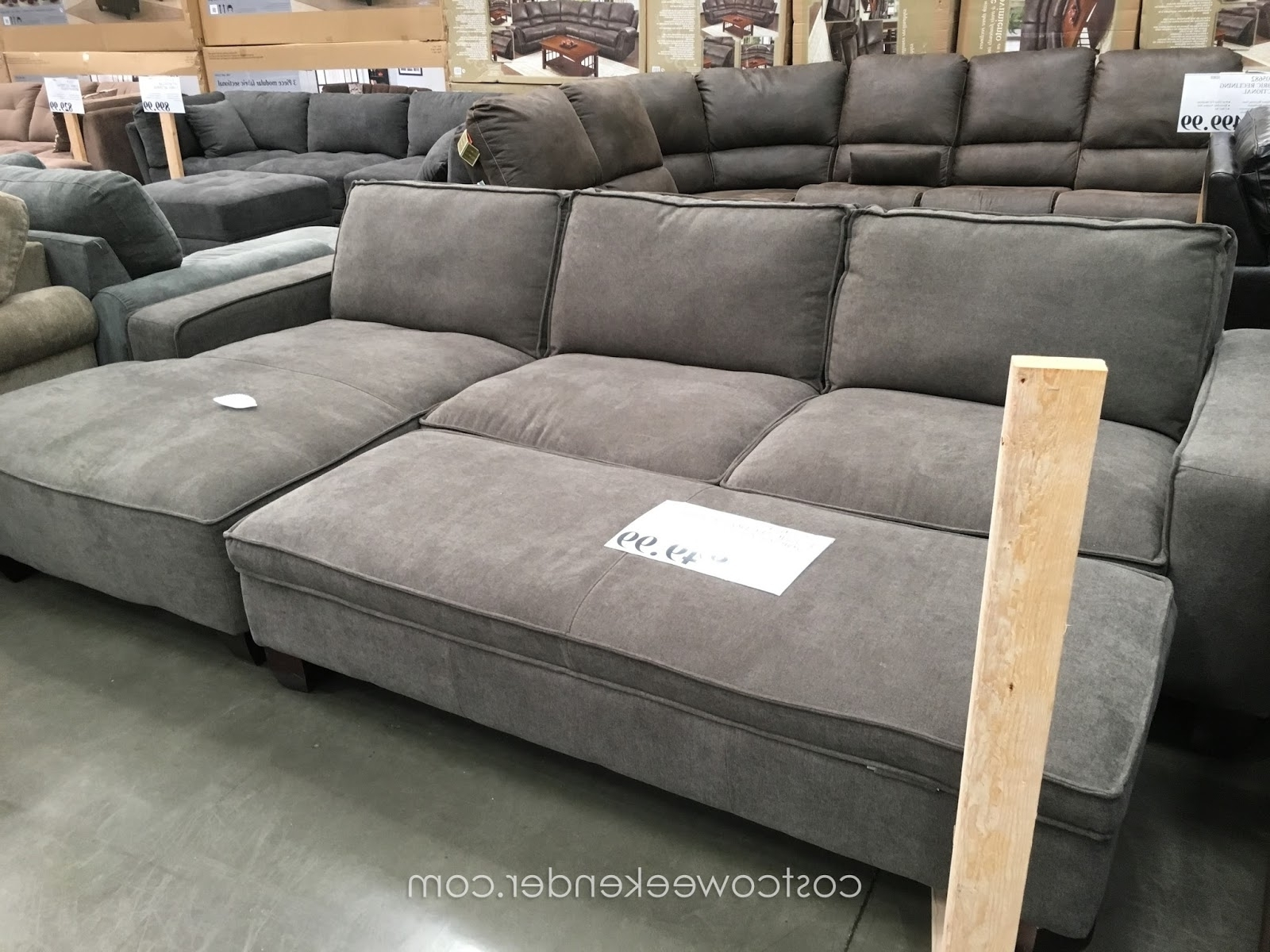2018 Latest Sectional Sofas With Chaise And Ottoman