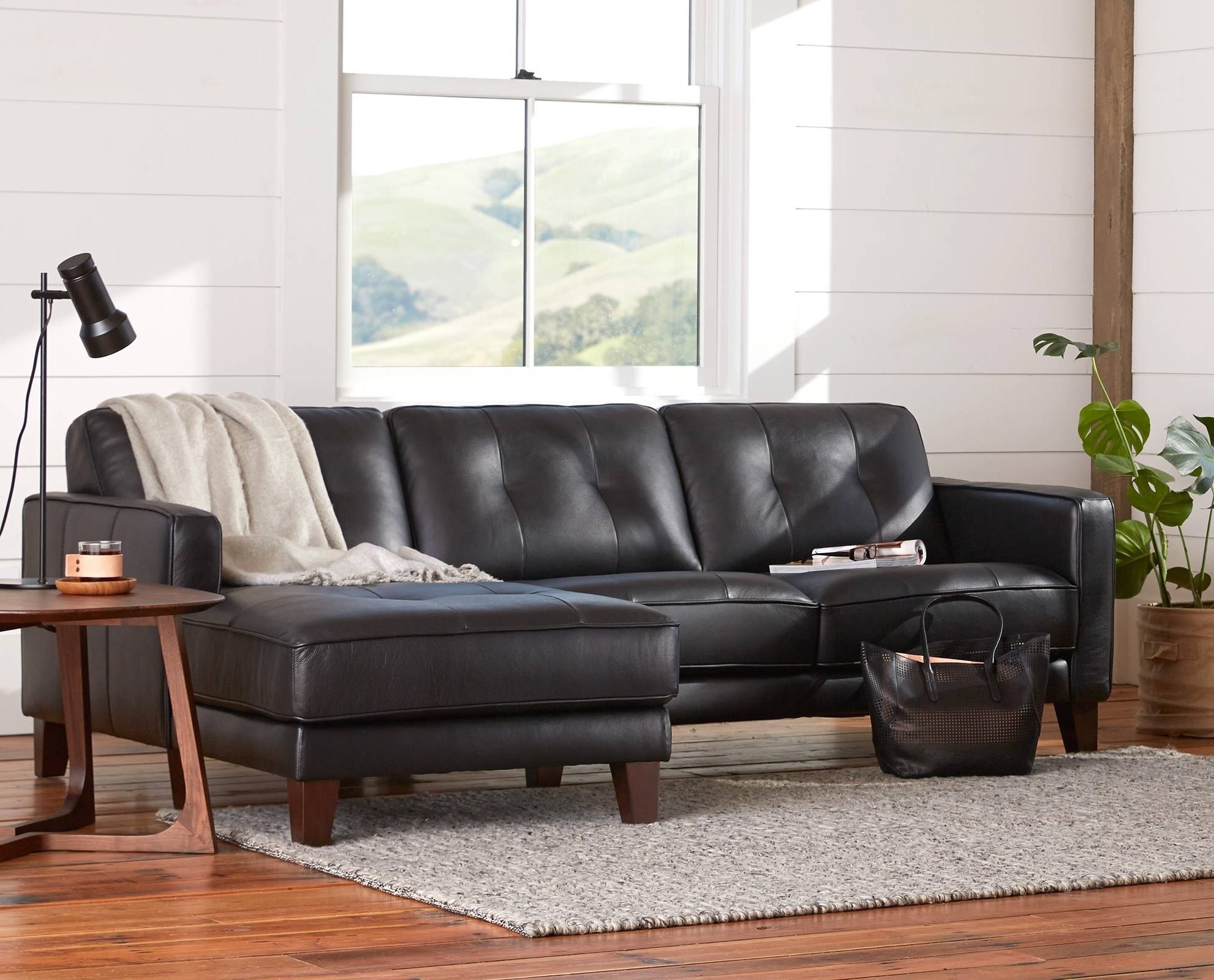 Furniture: Wonderful Selection Of Qualitydaniafurniture Inside Famous Dania Sectional Sofas (View 10 of 20)
