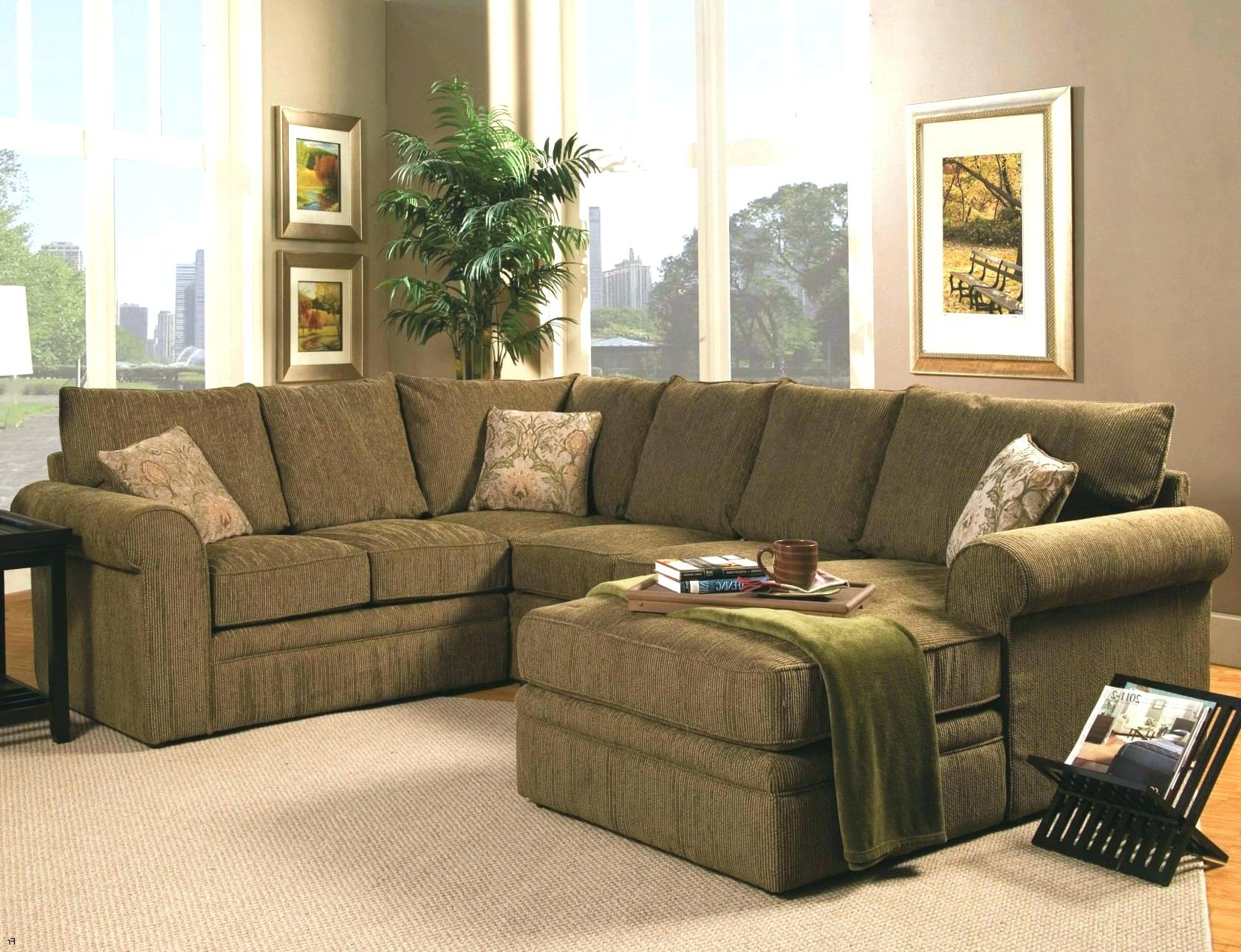 Green Sectional Sasage Sa With Chaise Teal Leather Couches For Intended For Most Up To Date Green Sectional Sofas With Chaise (Gallery 7 of 20)
