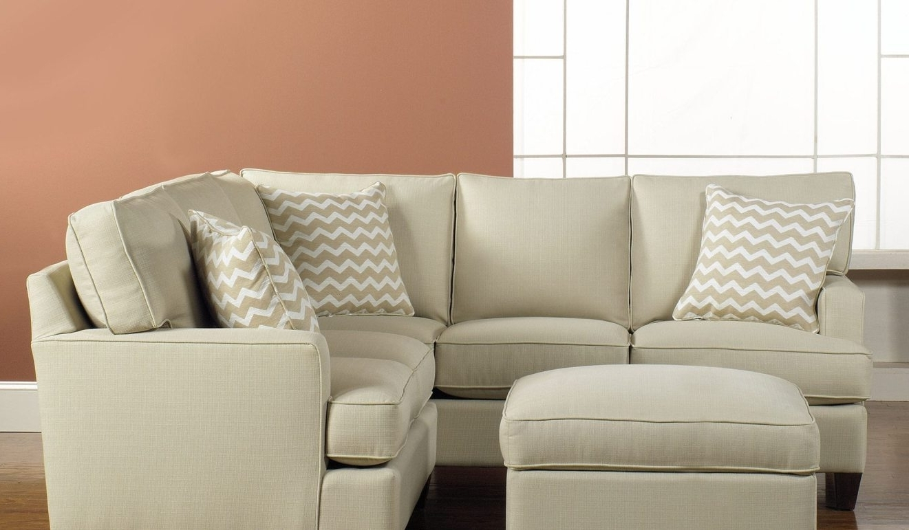 Gta Sectional Sofas Pertaining To Fashionable Sectional Sofa Mesmerize King Magnificent Bed Gta Dreadful Beds (Gallery 6 of 20)