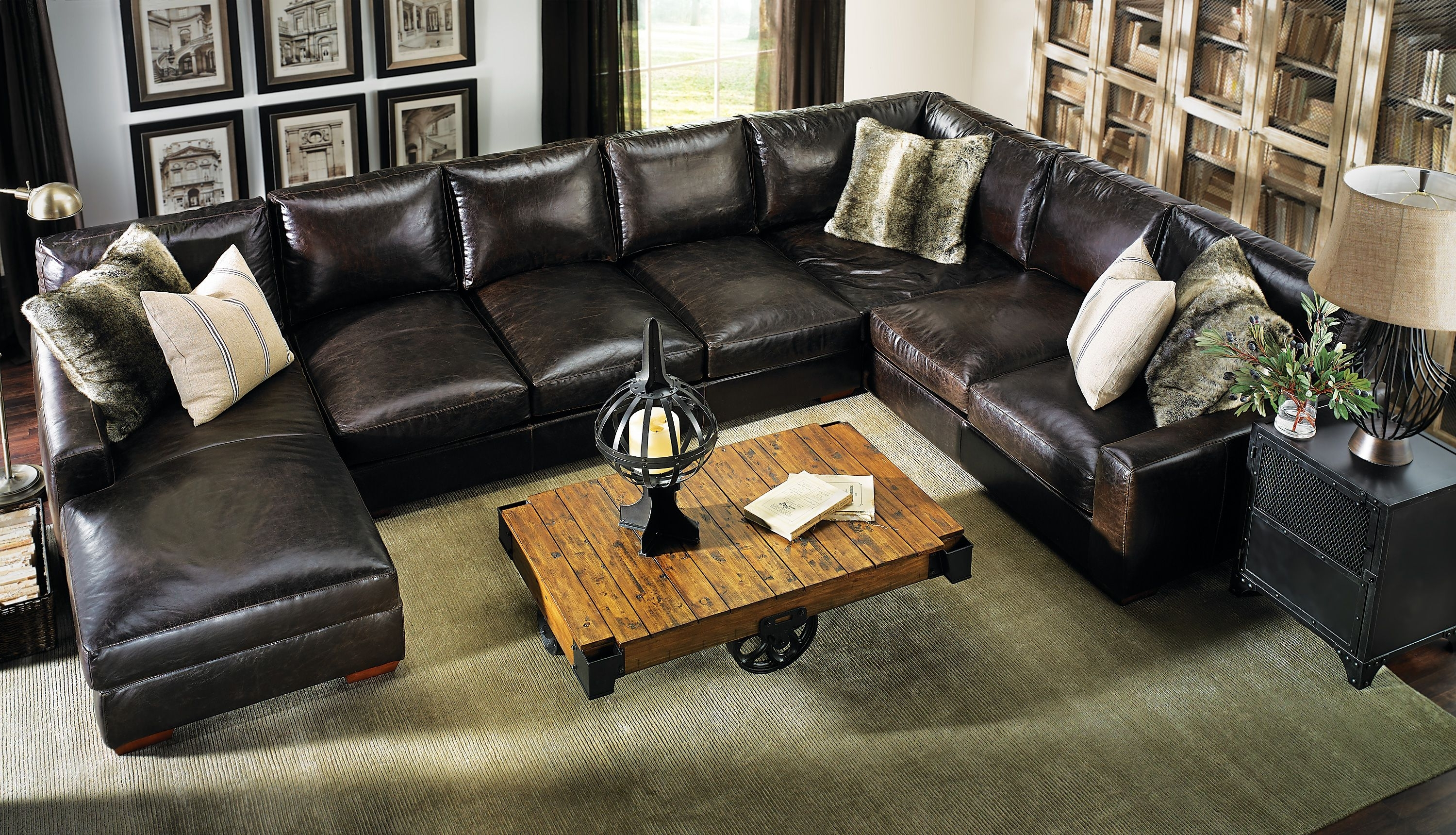 Haynes: Living For Haynes Sectional Sofas (View 7 of 20)