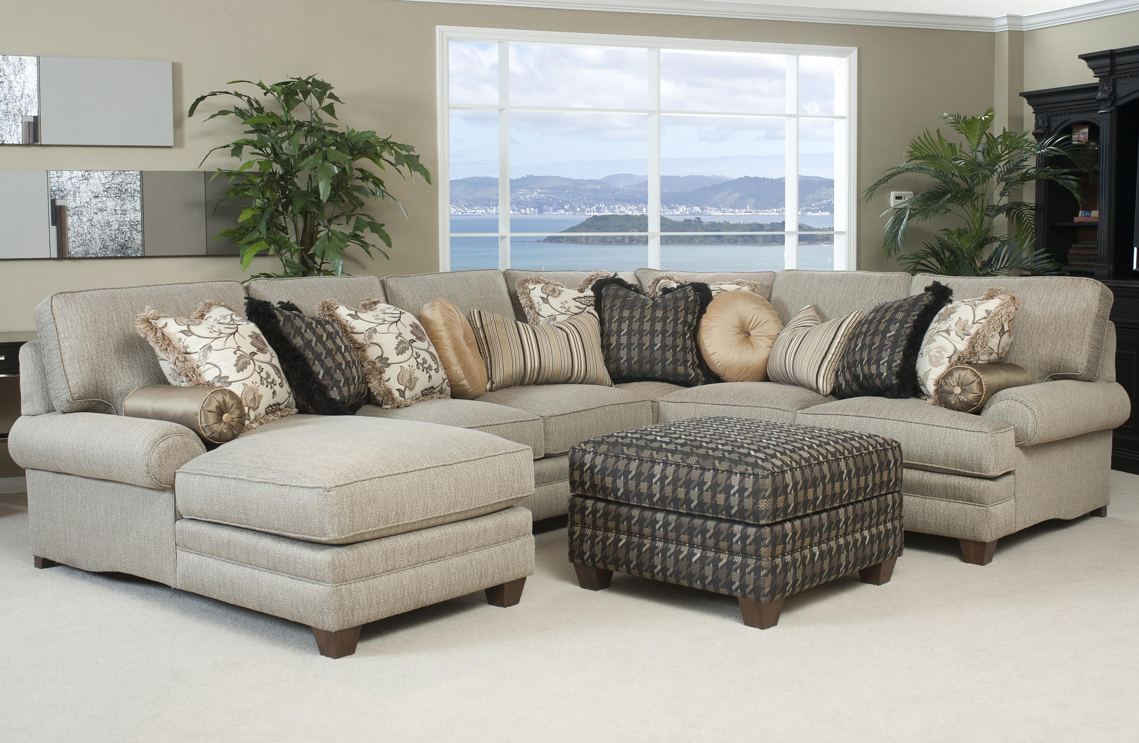 High Quality Sectional Sofas With Regard To Fashionable Large Sectional Sofa With Ottoman (View 7 of 20)