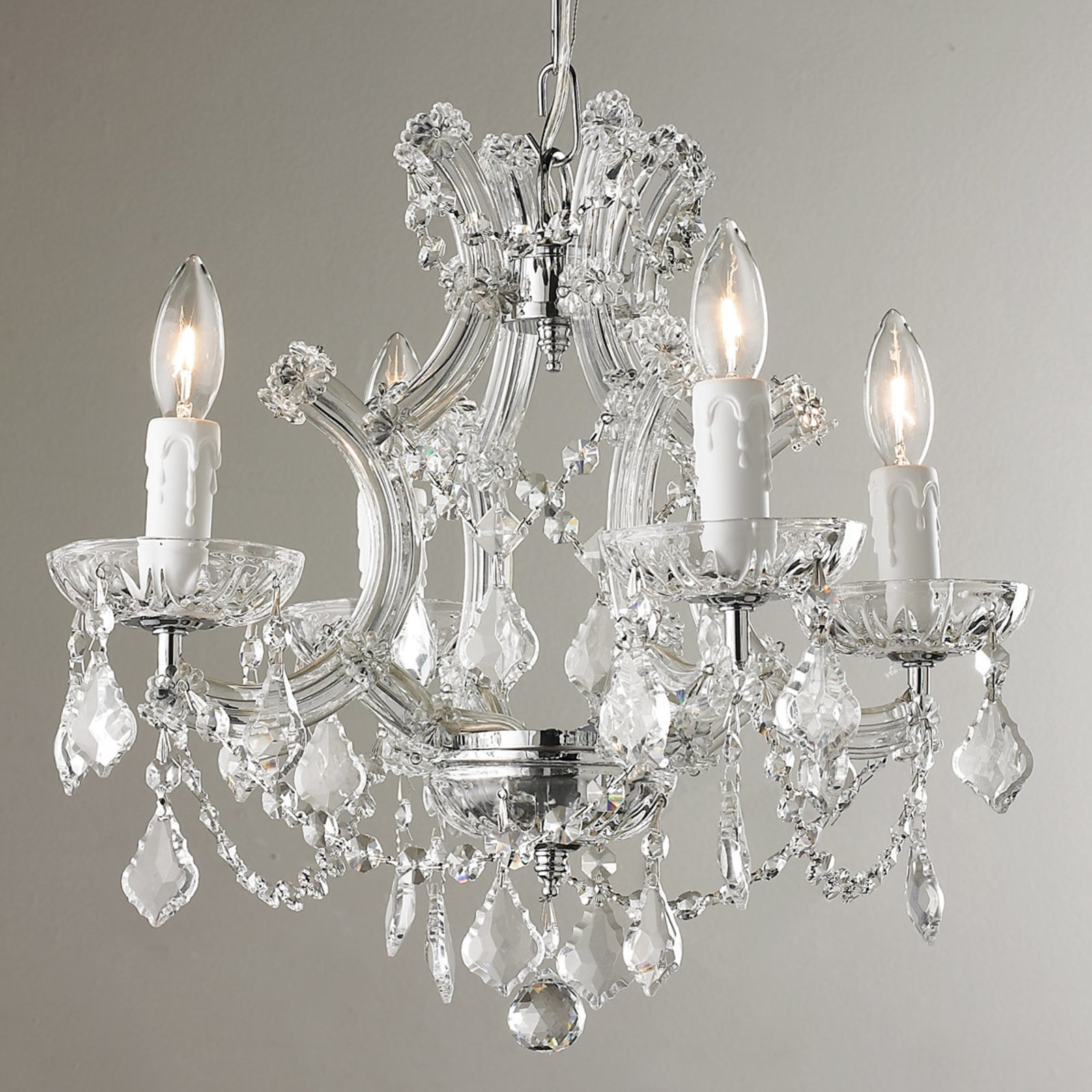 Home Designs With Small Chandeliers – Goodworksfurniture With Regard To Famous Small Chandeliers (View 9 of 20)