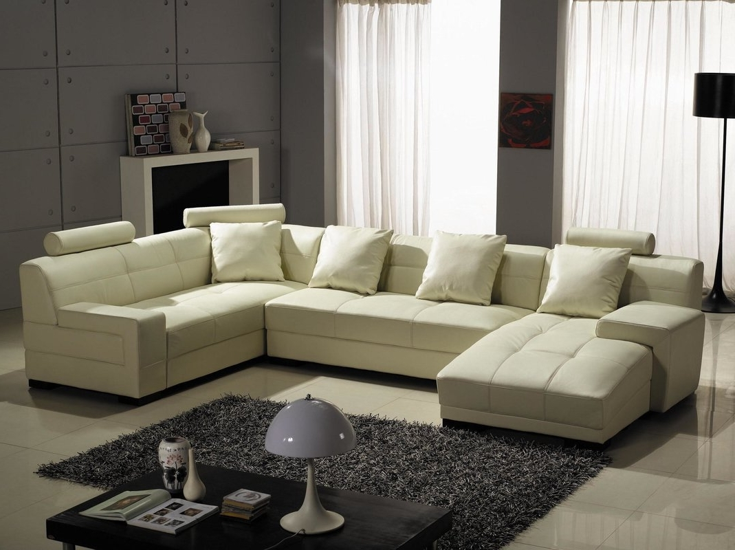 Houston Sectional Sofas With Regard To 2018 Hokku Designs Houston Leather Sectional & Reviews (View 16 of 20)