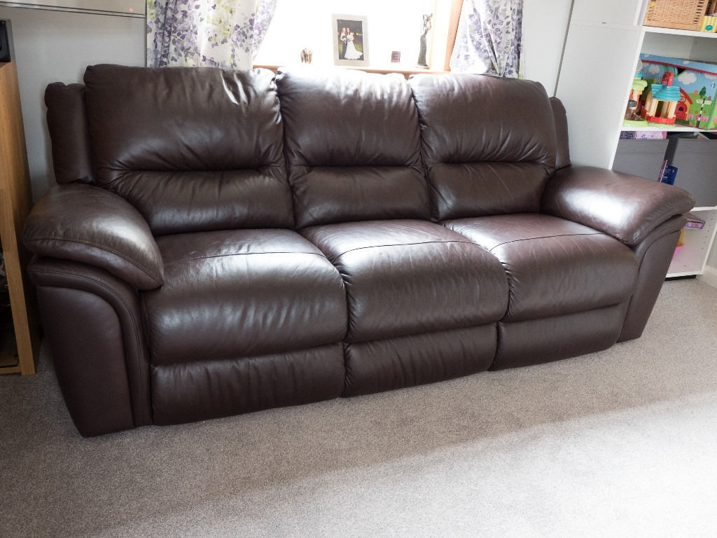 In Trinity For 3 Seater Leather Sofas (Gallery 4 of 20)
