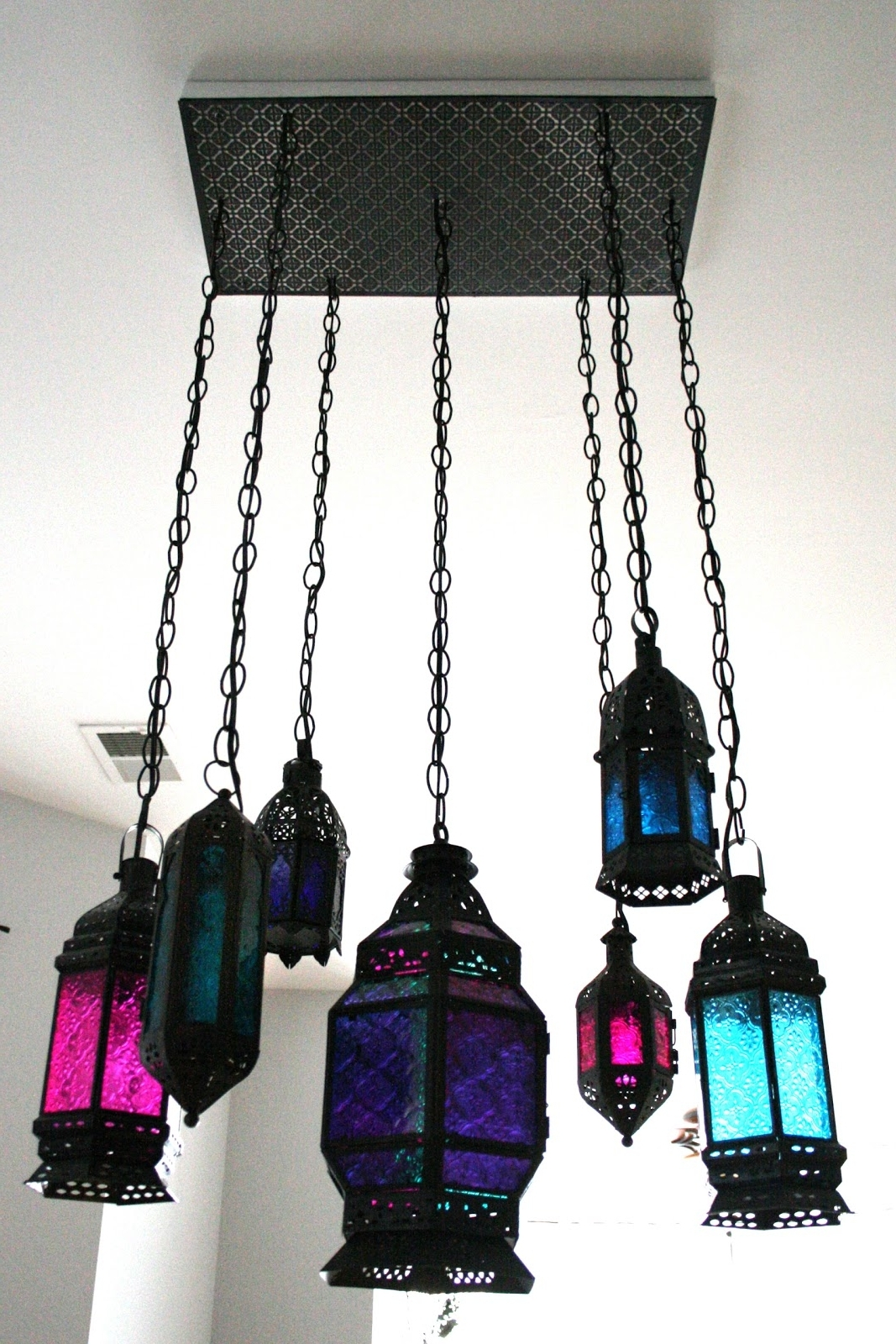 Indie Fashion And Beauty: Diy Moroccan Lantern Chandelier Throughout Fashionable Turquoise Lantern Chandeliers (View 14 of 20)