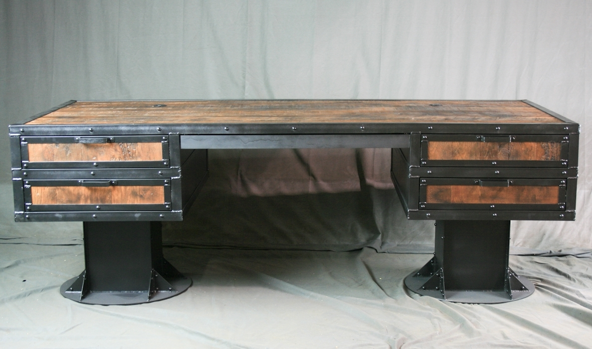 Industrial Furniture – Desks With Widely Used Vintage Computer Desks (Gallery 10 of 20)