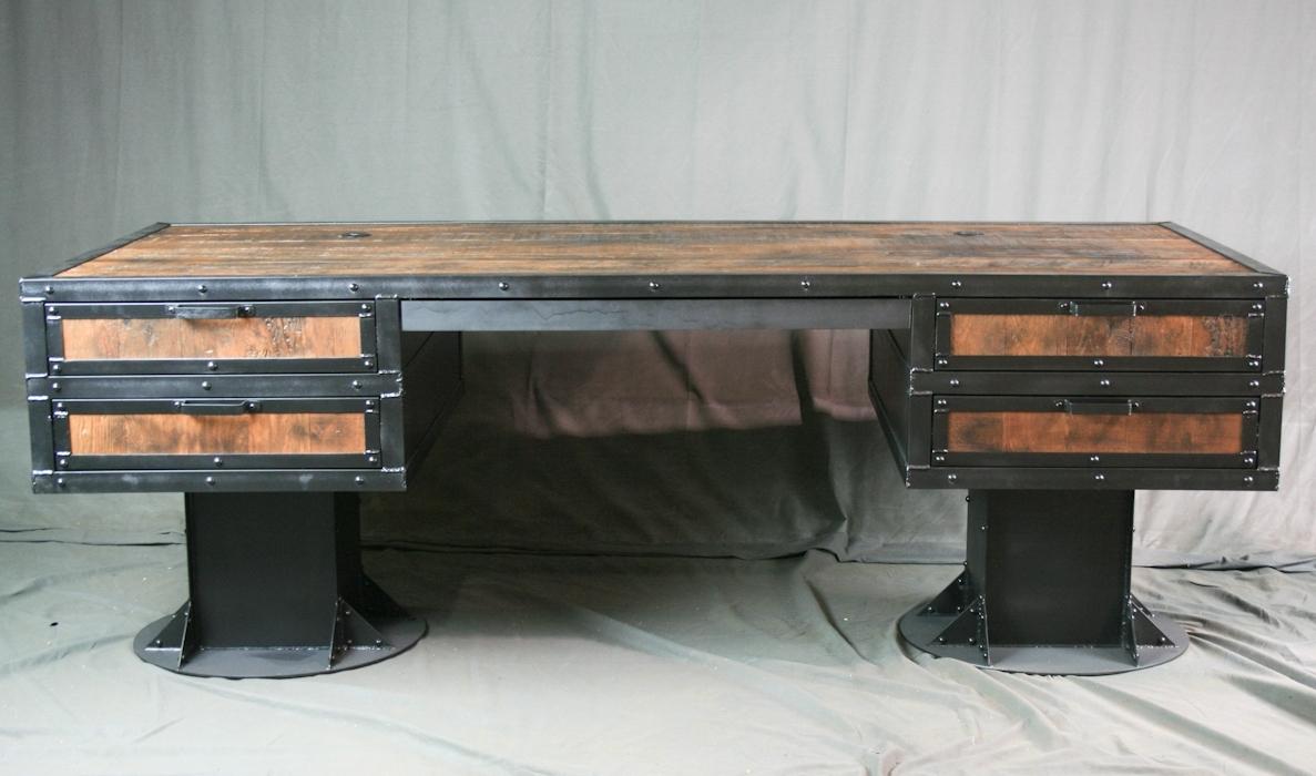Industrial Furniture – Desks With Widely Used Vintage Computer Desks (View 7 of 20)
