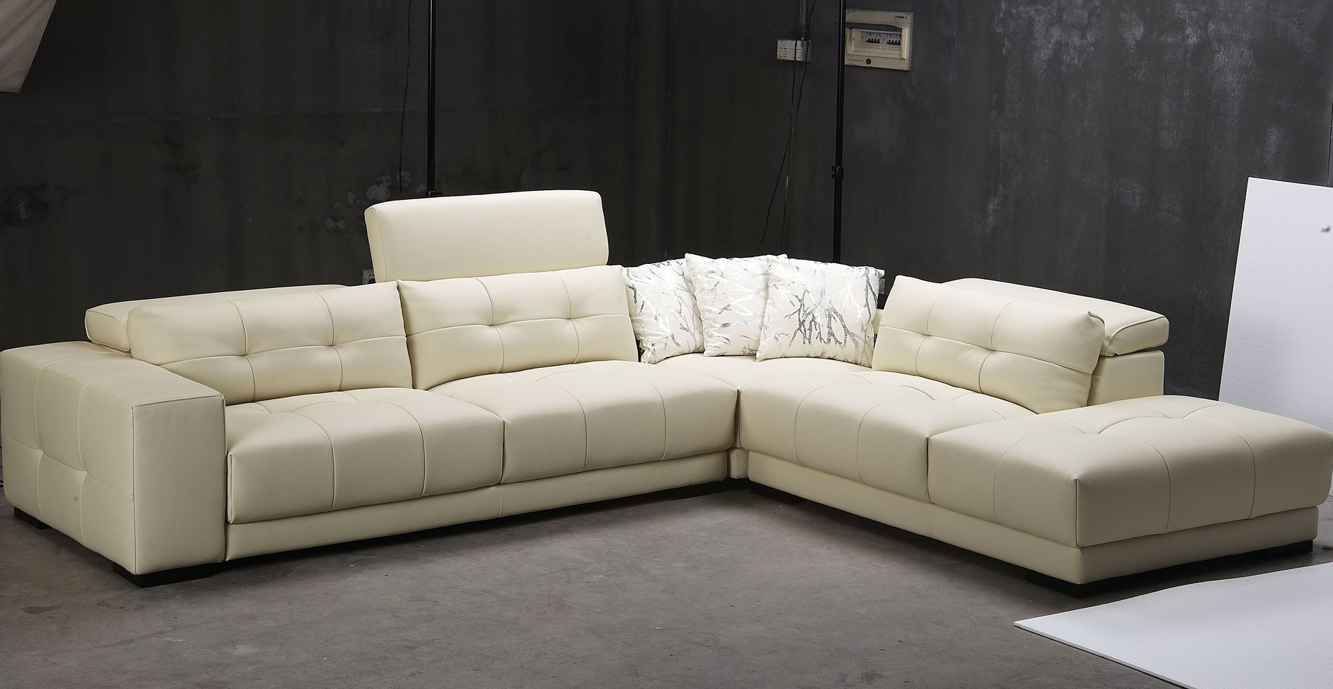 Jedd Fabric Reclining Sectional Sofas Throughout Most Recent Jedd Fabric Reclining Sectional Sofa Reviews Sofas Contemporary (View 7 of 20)