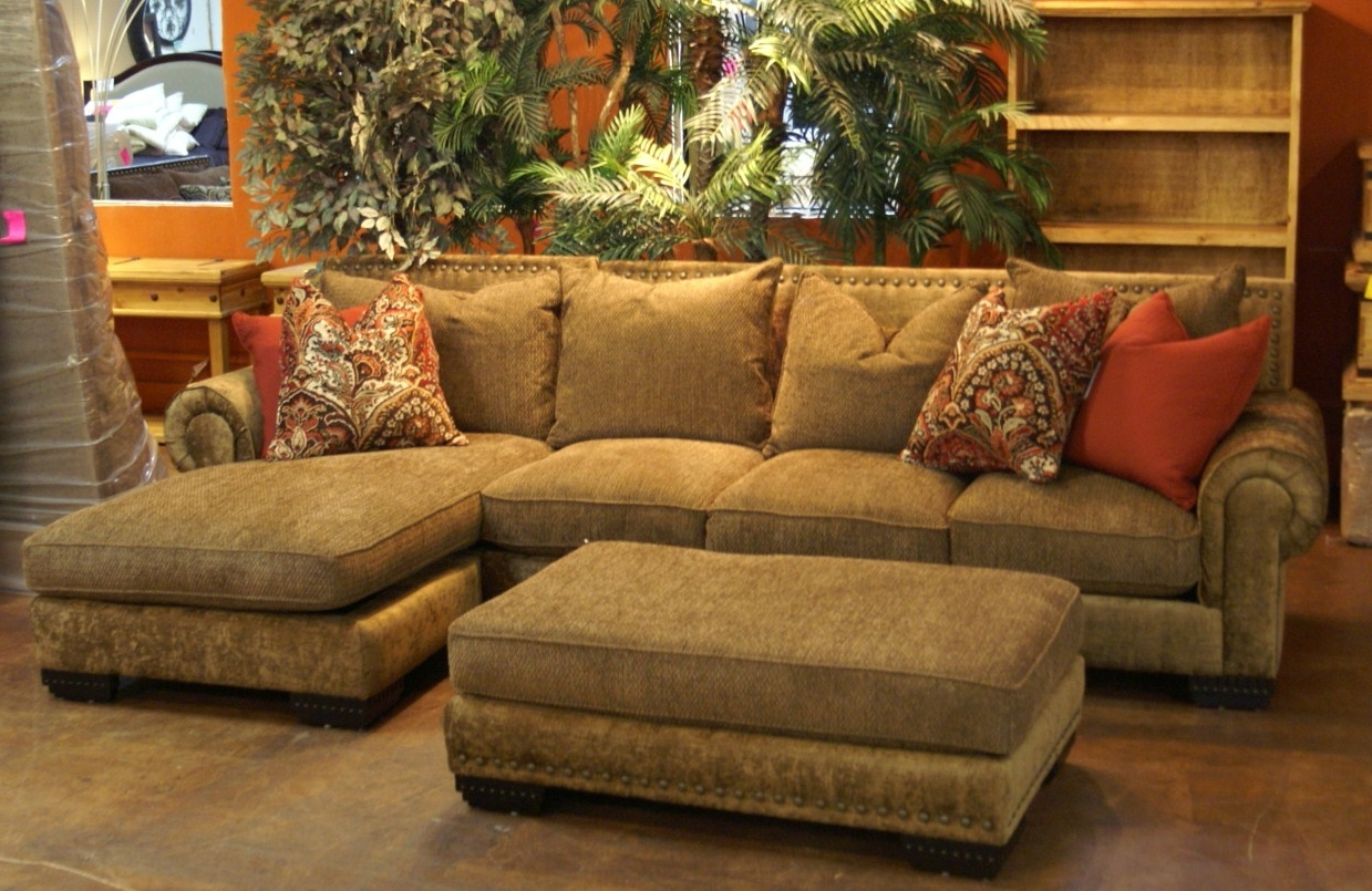 Kelowna Bc Sectional Sofas Throughout Current Sectional Sofa: Admirable Design Of Chocolate Brown Sectional Sofa (Gallery 12 of 20)