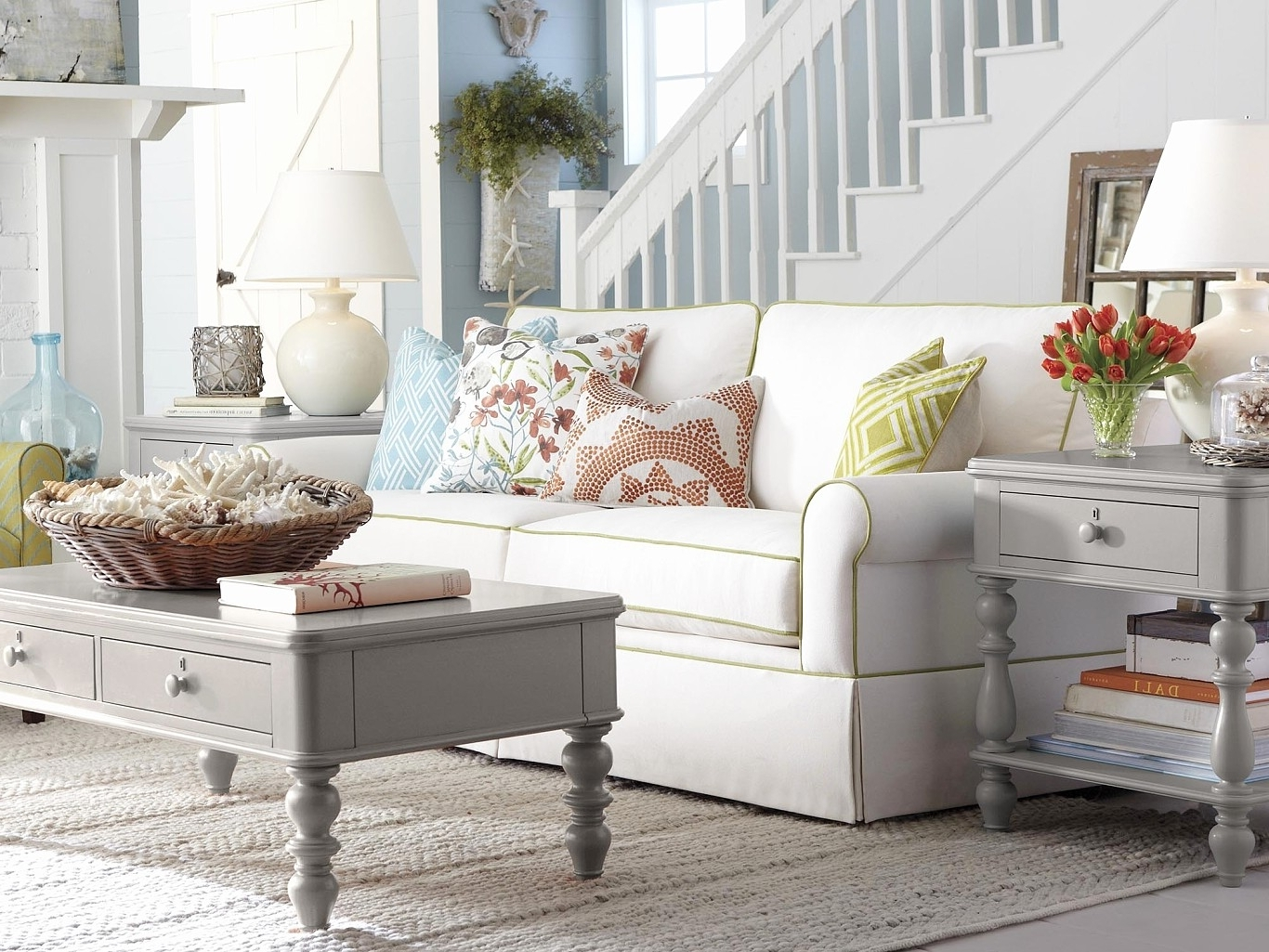 Large Sofa Chairs Throughout Fashionable Bassett Accent Chair Bassett Furniture Gift Card Large Sofa Chair (View 10 of 20)