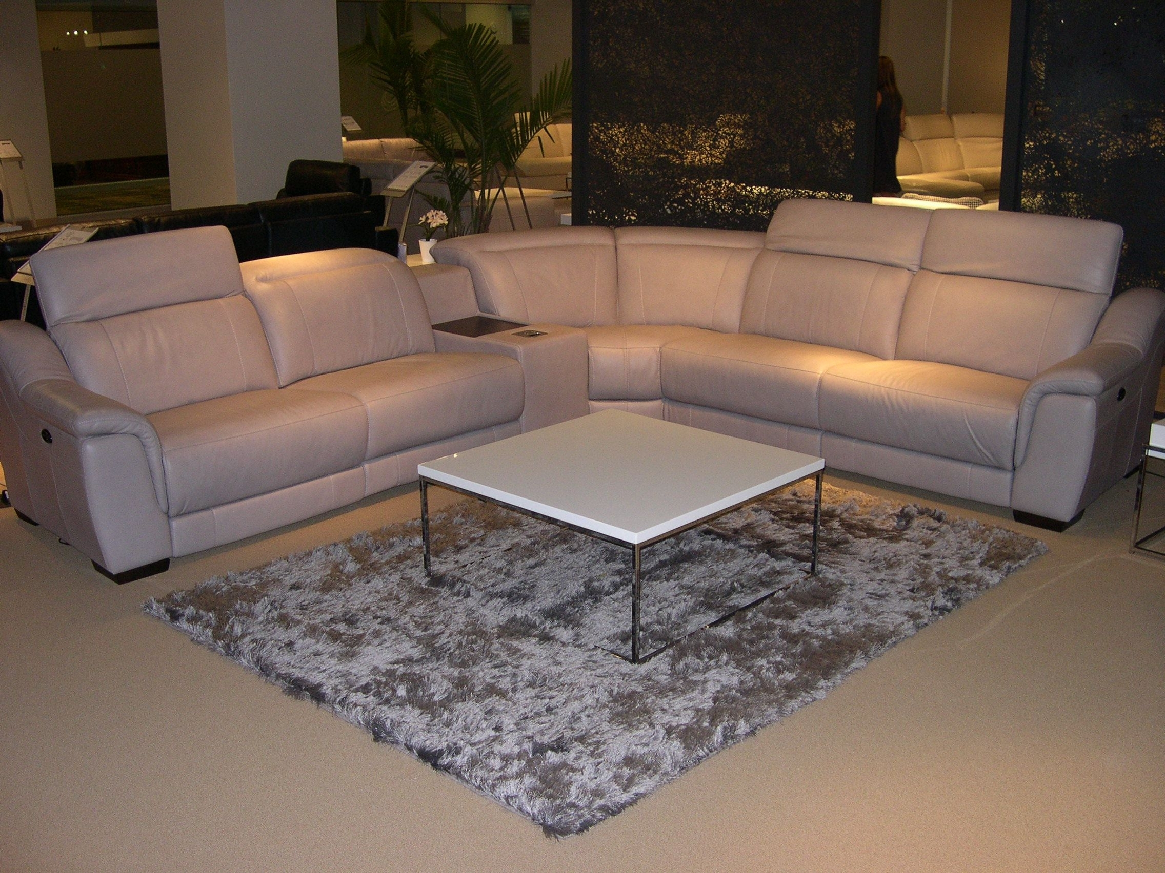 Las Vegas Sectional Sofas Pertaining To 2019 Htl Leather Sectional – Adjustable Headrests (View 12 of 20)