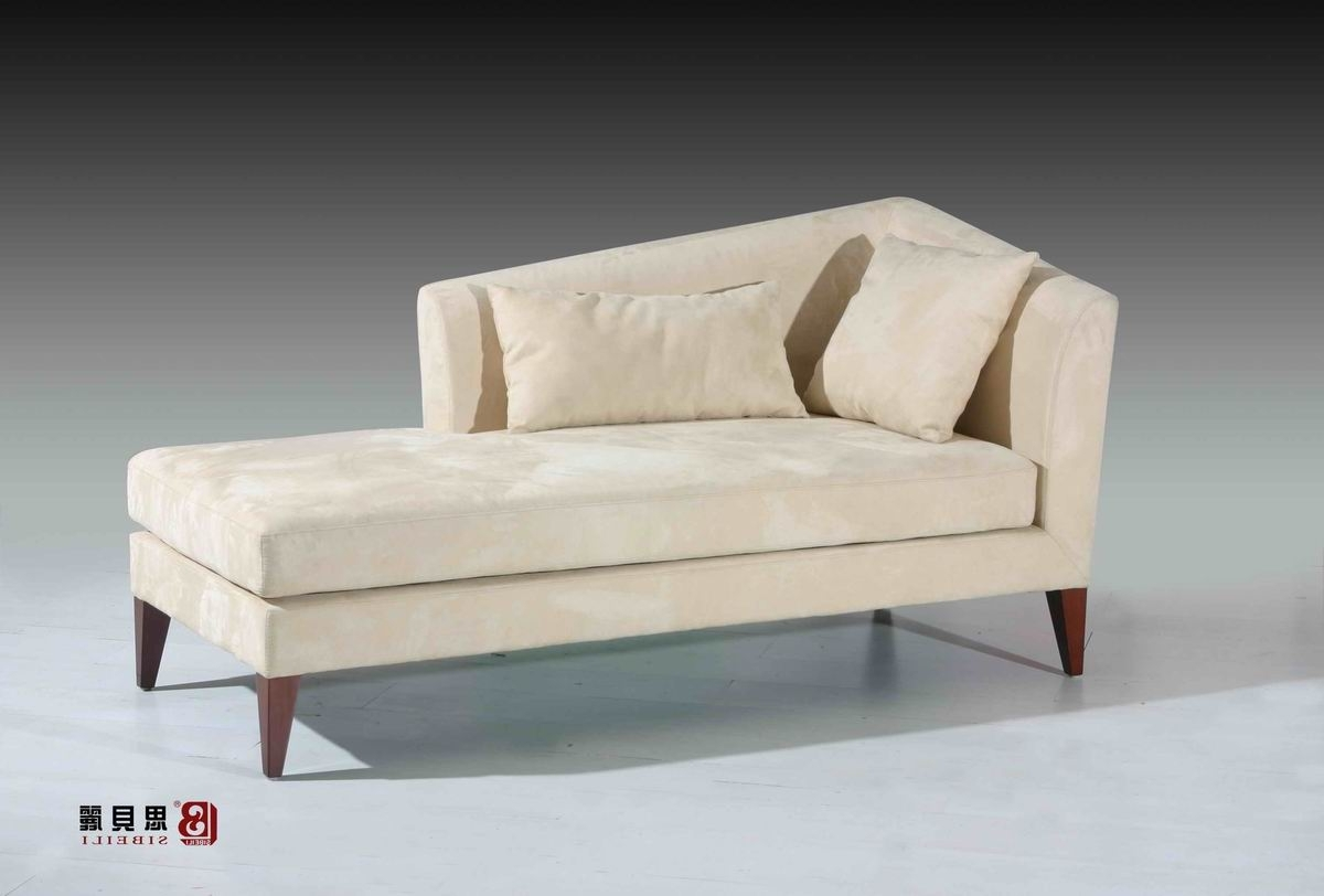 Latest Bedroom Sofas And Chairs Within Antique Velvet Chaise Lounge Sofa Chairs For Bedroom – Buy Chaise (View 5 of 20)