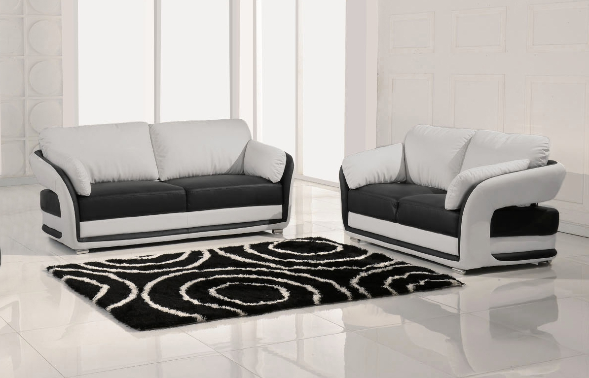 Latest Black And White Sofas For Black And White Sofa 86 With Black And White Sofa (View 11 of 20)