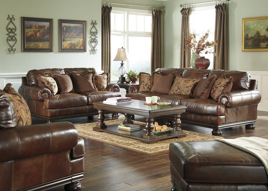 Latest Casual Sofas And Chairs In Chairs : Reclining Sectional Sofas Amazing Casual Sofas And Chairs (View 12 of 20)