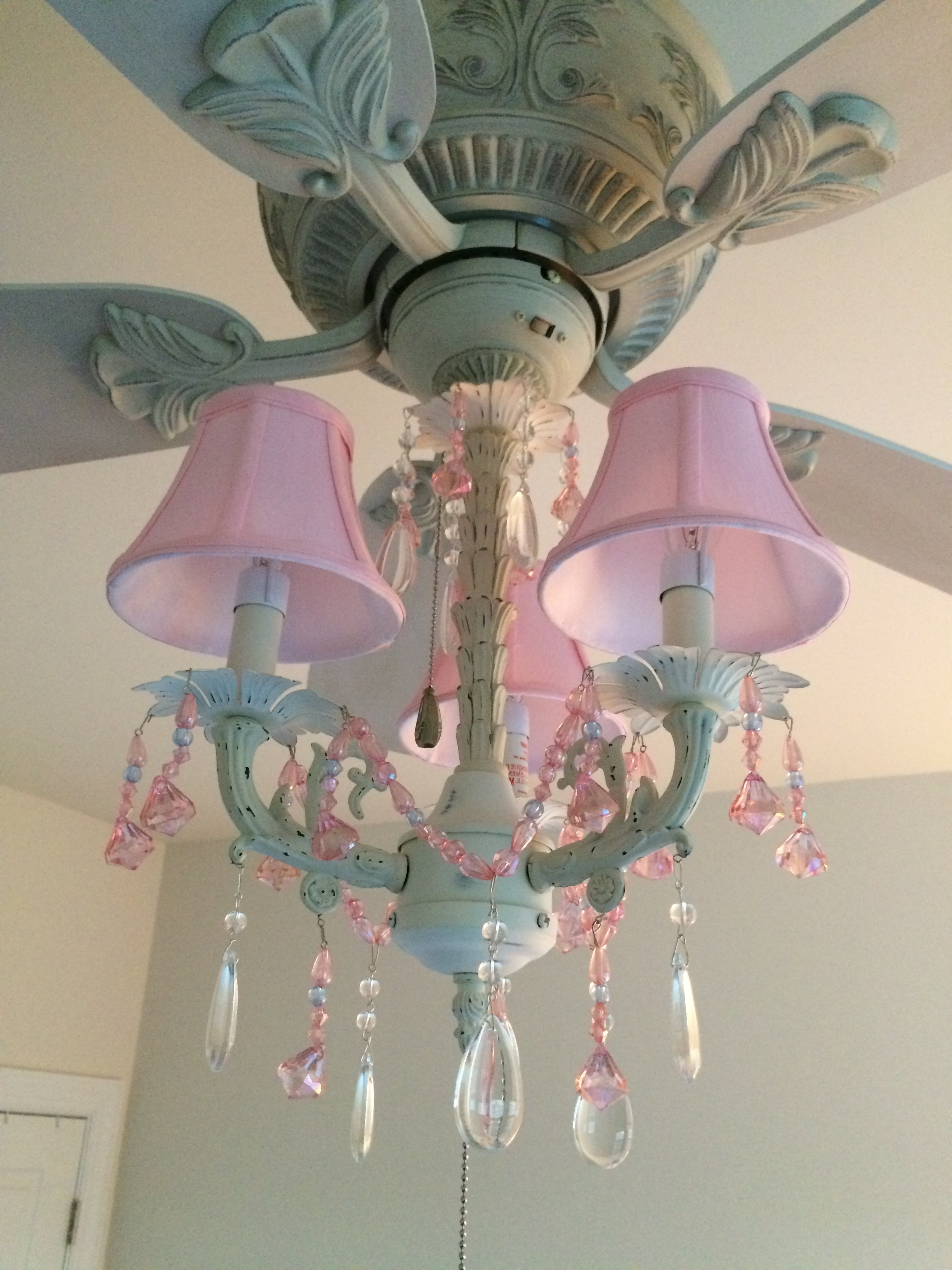 Latest Pink Chandelier Ceiling Fan And Light Kit (fandelier) – Perfect For Inside Turquoise And Pink Chandeliers (View 14 of 20)