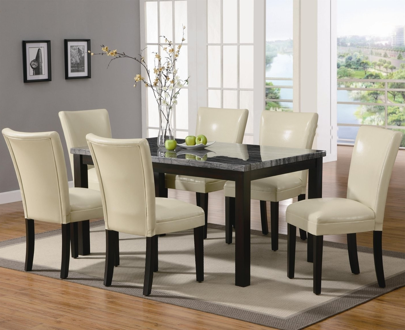 Leather Dining Room Chairs Throughout Fashionable Dining Sofa Chairs (View 13 of 20)