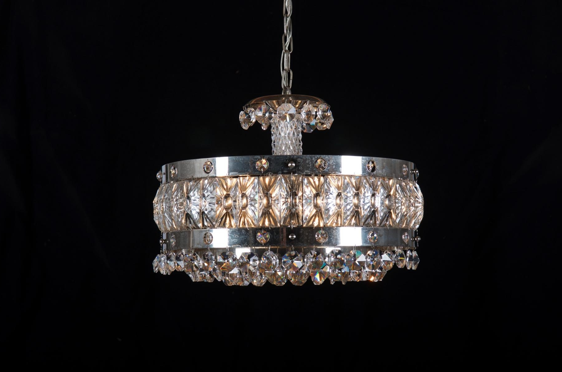 Lighting : Black Contemporary Chandelier Metal Crystal Chandelier Throughout Widely Used White Contemporary Chandelier (View 10 of 20)
