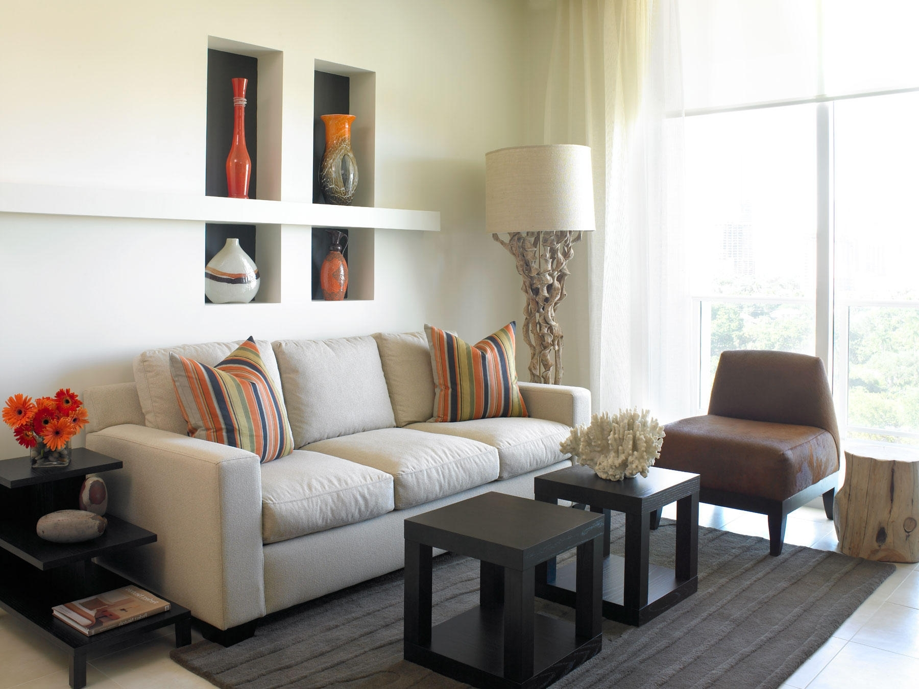 Living Room Impressive Modern Designs White Dominant Color With For Preferred Chintz Sofas (View 11 of 20)