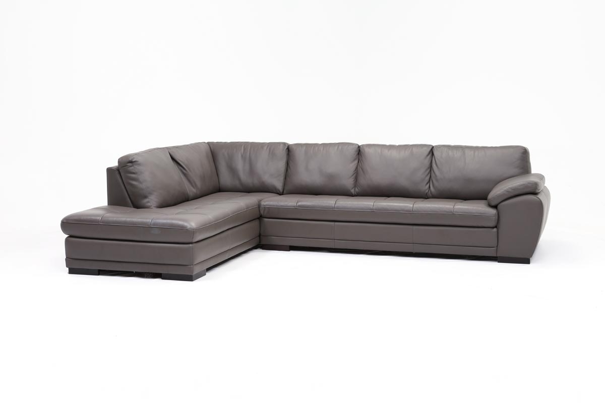 Living Spaces With Trendy Vaughan Sectional Sofas (View 8 of 20)