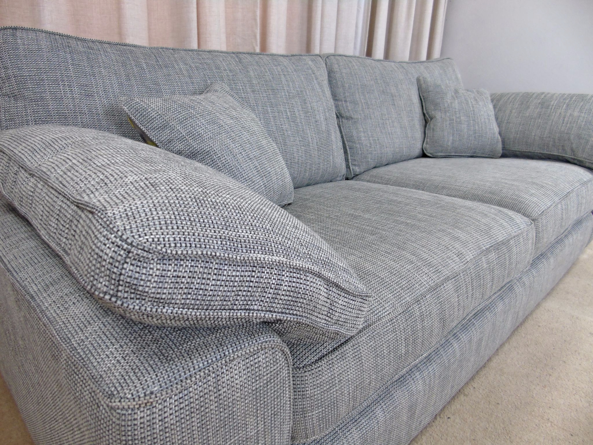 Loft Large 4 Seater Sofa Pertaining To Latest Large 4 Seater Sofas (View 10 of 20)