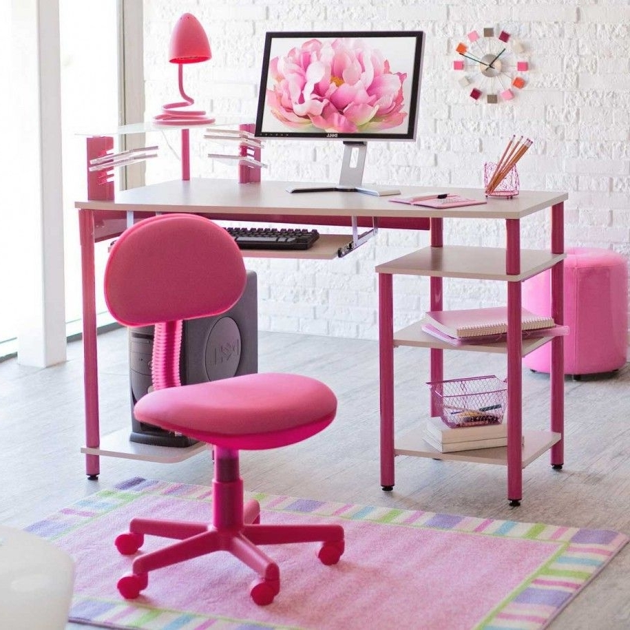 Love The Desk And The Design Of The Room. (View 7 of 20)