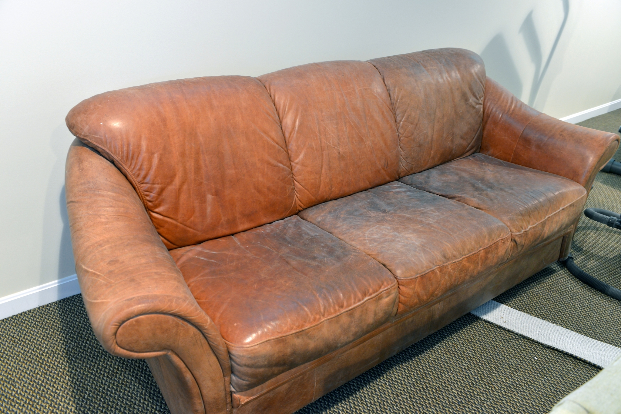 Lovely Aniline Leather Sofa 46 About Remodel Sofas And Couches Set Inside Well Known Aniline Leather Sofas (View 15 of 20)