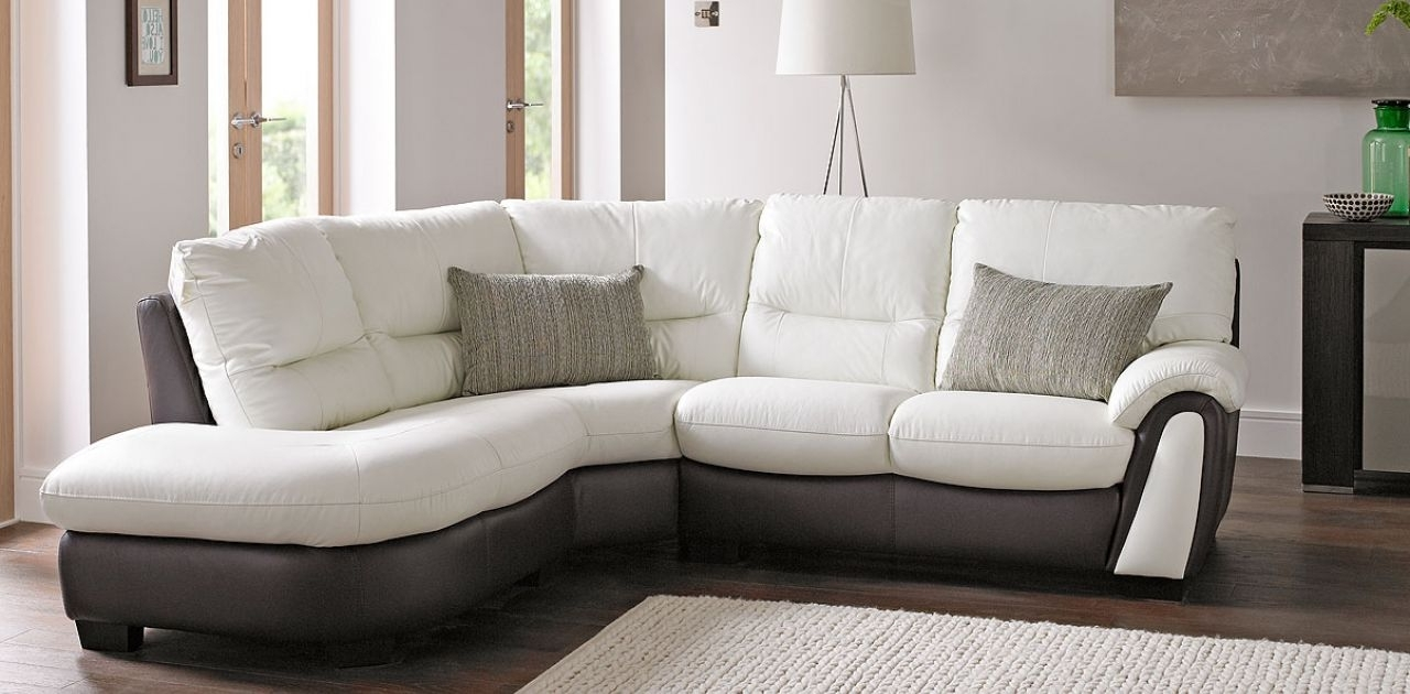 Making Everyday More Pertaining To White Leather Corner Sofas (View 6 of 20)