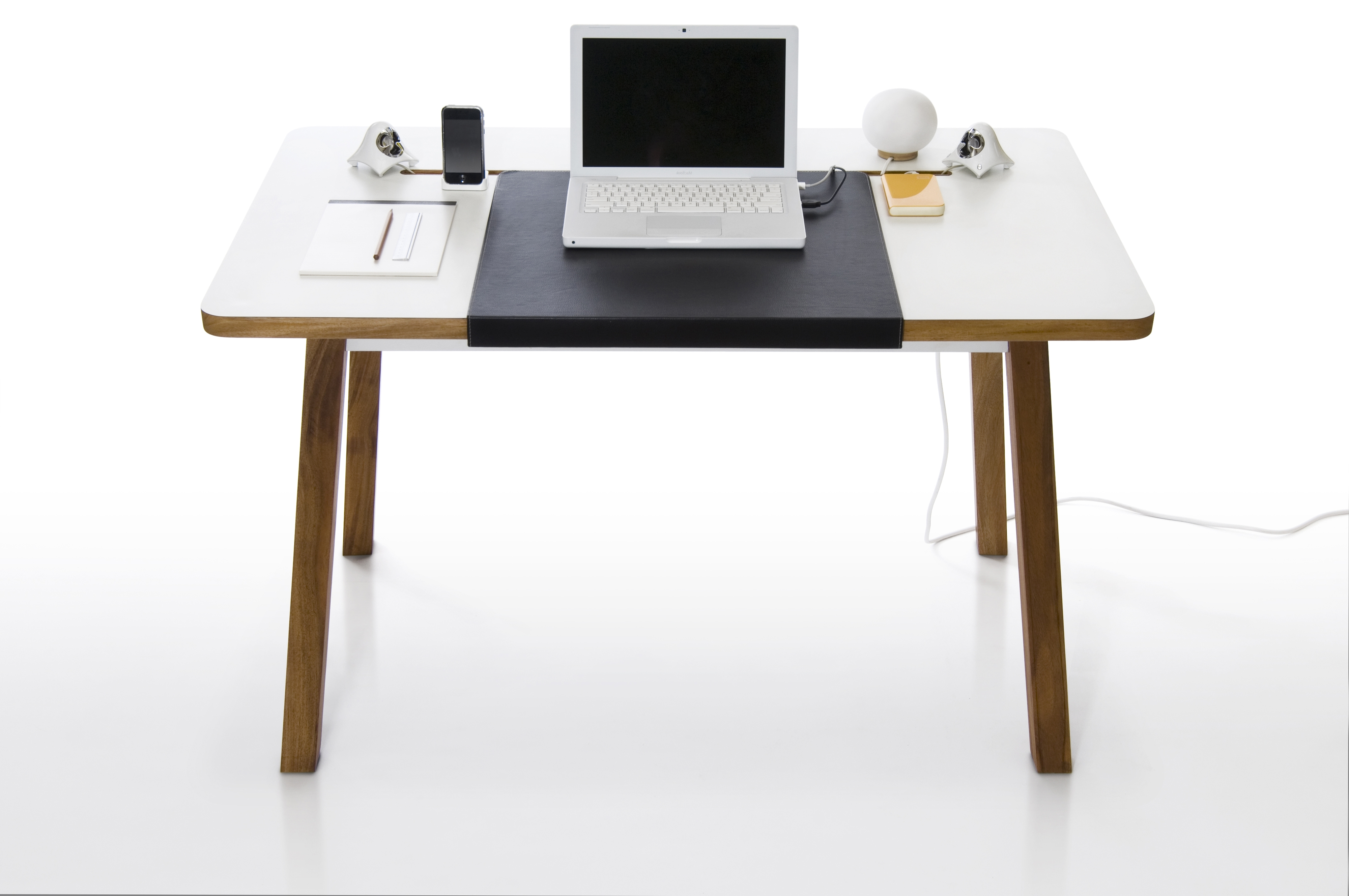 Featured Photo of Computer Desks Under $