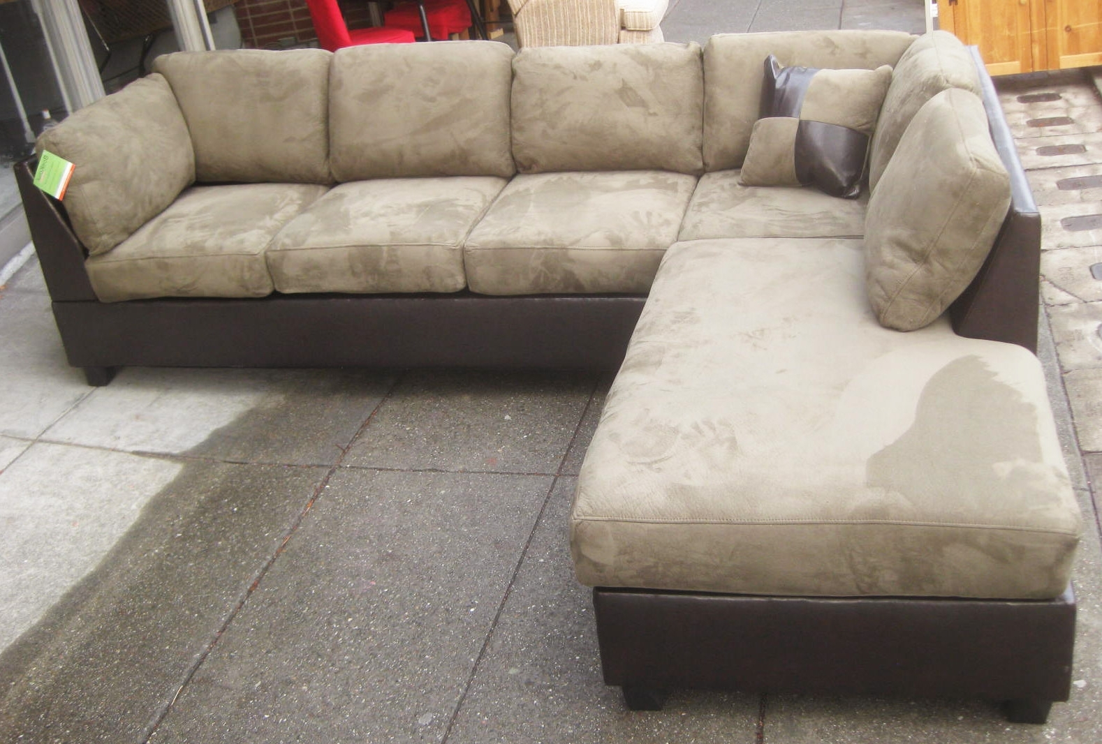 Microsuede Sectional Sofas With Recent Uhuru Furniture & Collectibles: Sold – Leather & Microsuede (View 11 of 20)