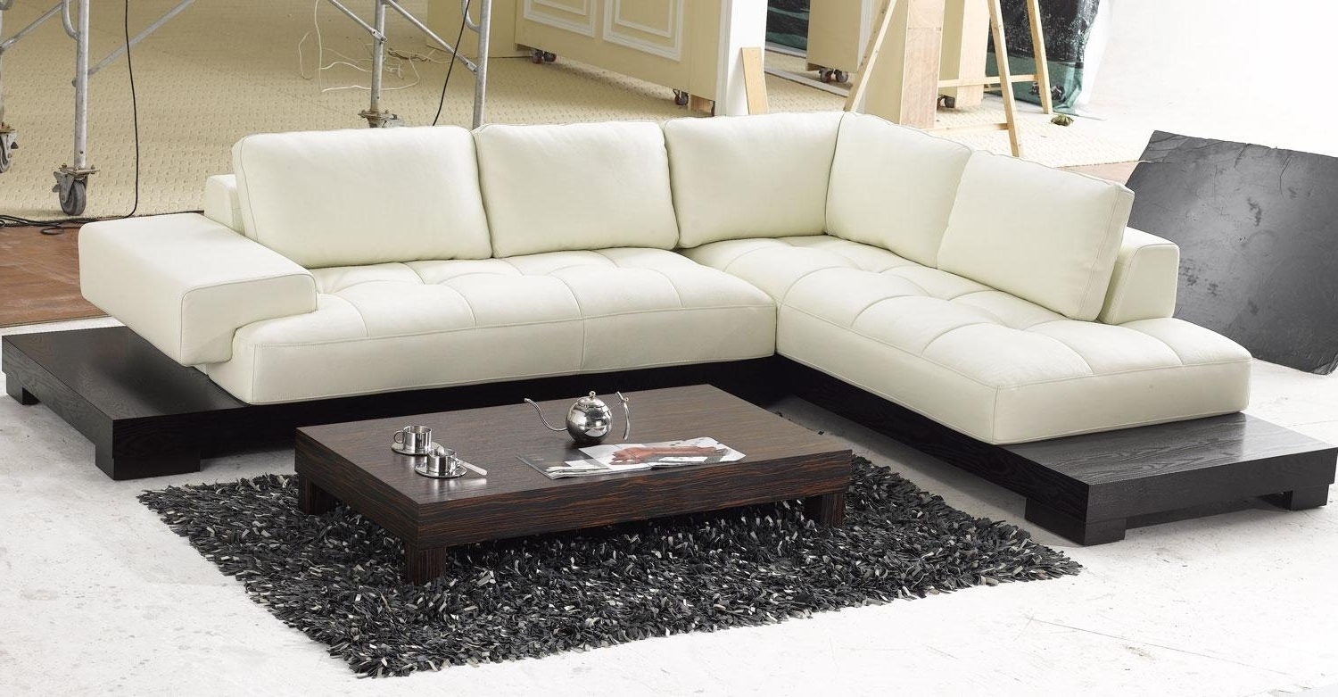 Modern Sectional Sofas With Fashionable Best Modern Sectional Sofa (View 11 of 20)