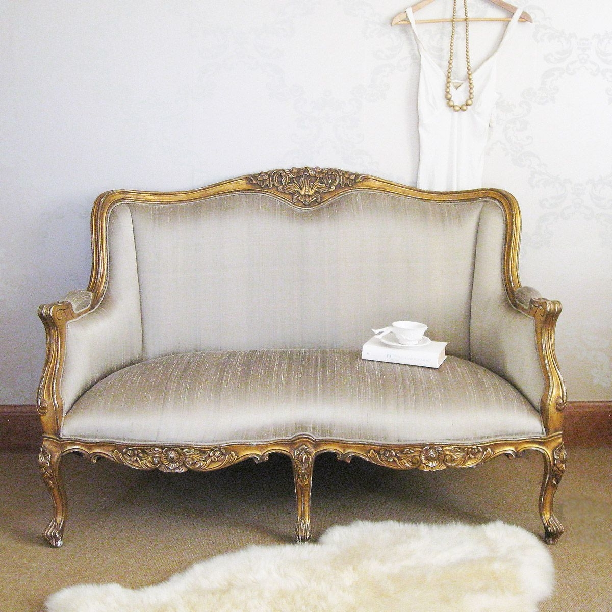 Most Current Bedroom Sofas For Versailles Gold Bedroom Sofa (View 3 of 20)