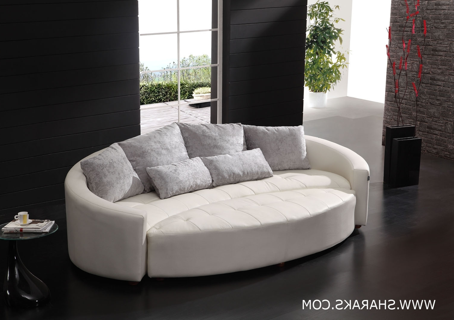 Most Current Home Decor: Perfect Curved Leather Sofa And Sofas Loveseats For Round Sofas (View 3 of 20)