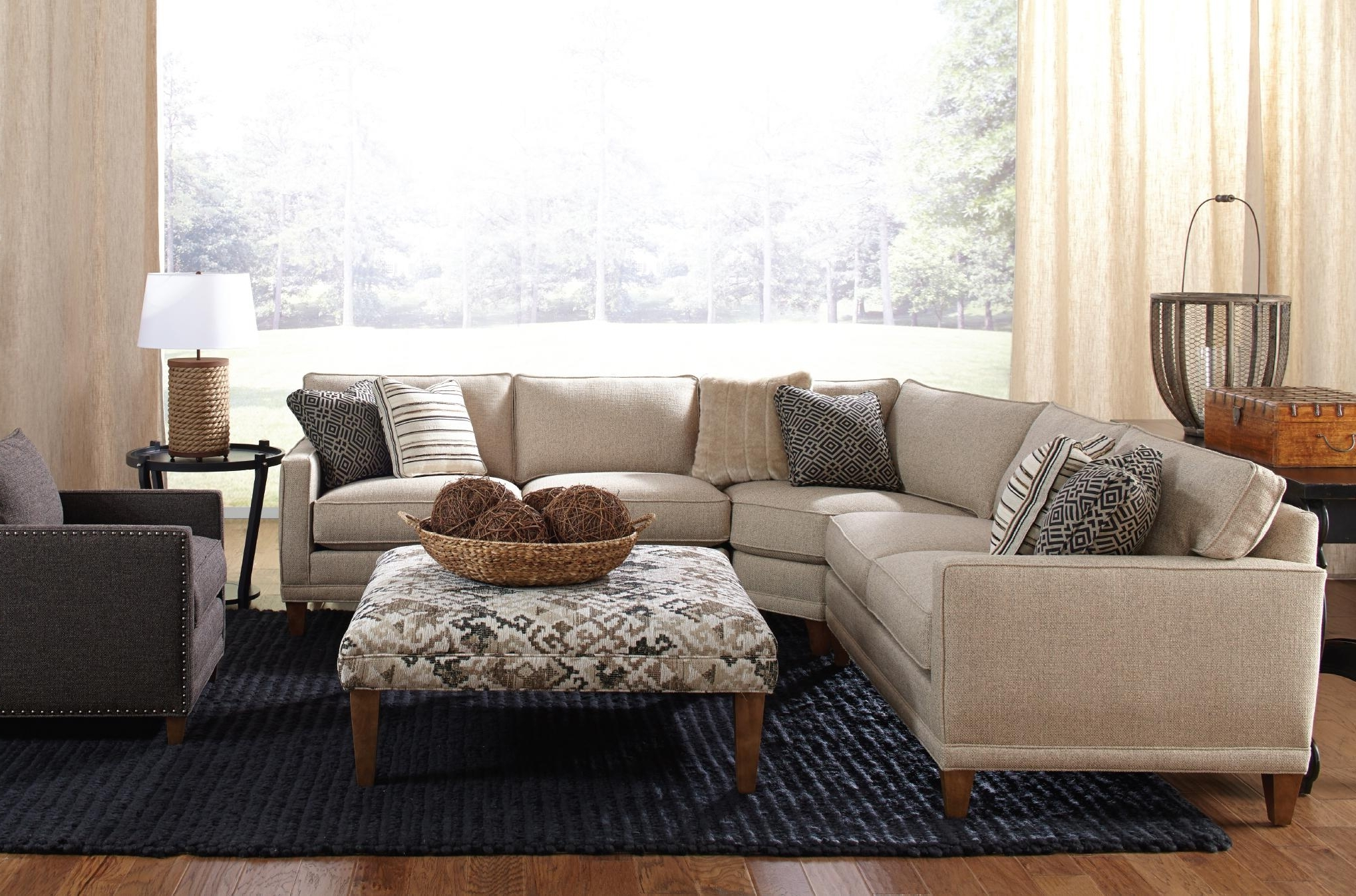 Most Current Murfreesboro Tn Sectional Sofas Throughout Rowe Townsend Casual Three Piece Sectional Sofa (View 10 of 20)
