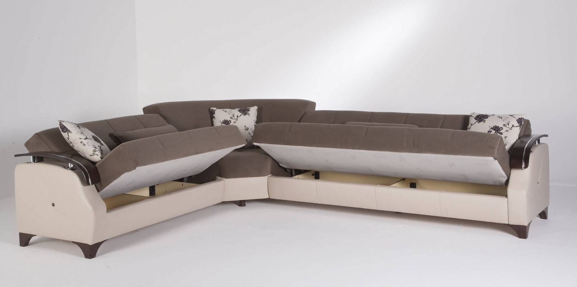 Most Popular Bedroom: Sofa : Sectional Couch With Pull Out Bed Sectional Sleeper Regarding Unique Sectional Sofas (View 17 of 20)