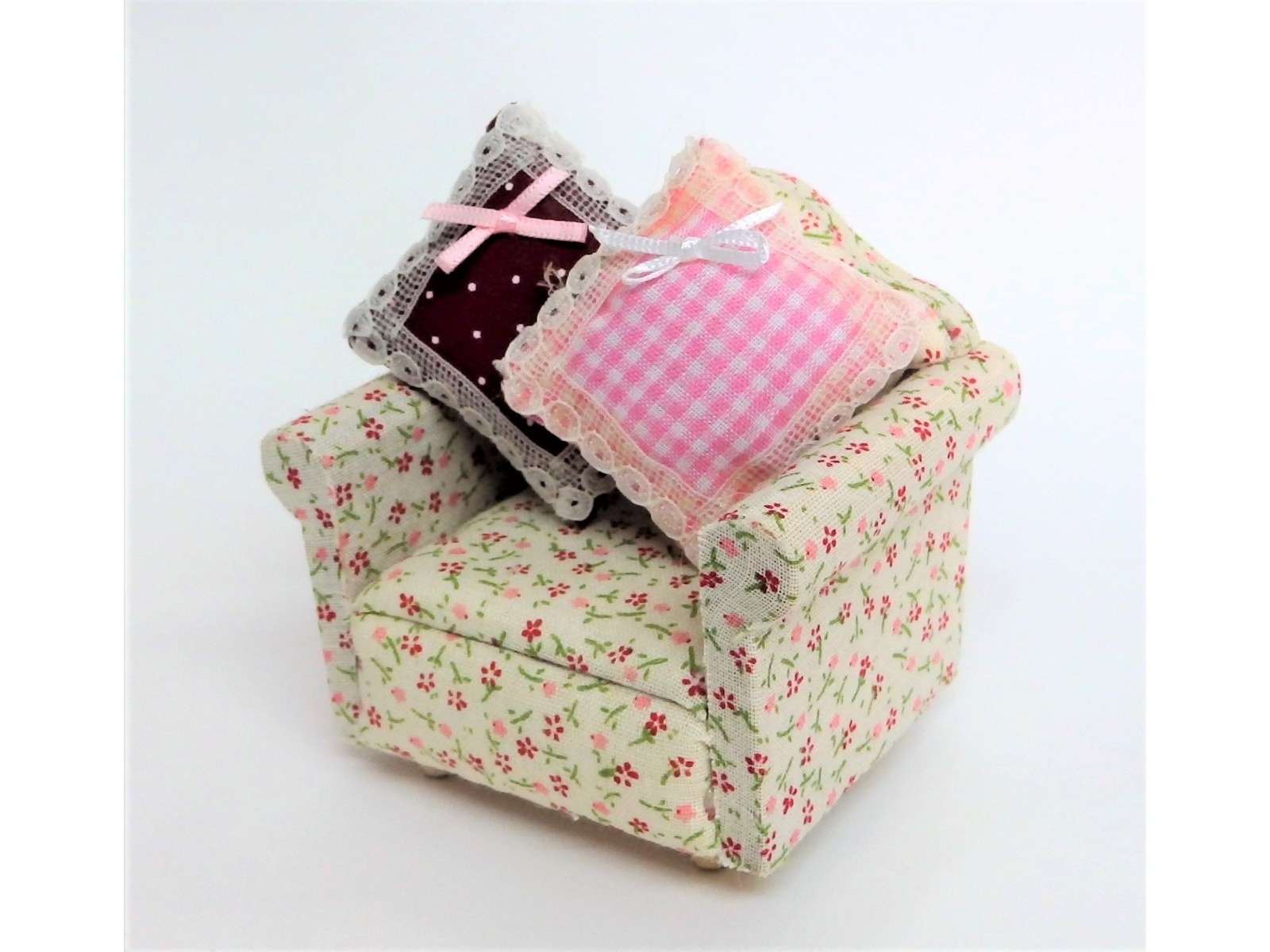 Most Popular Chintz Fabric Sofas Within Armchair : Chintz Fabric Sofas Calico Meaning In Hindi What Is (View 16 of 20)