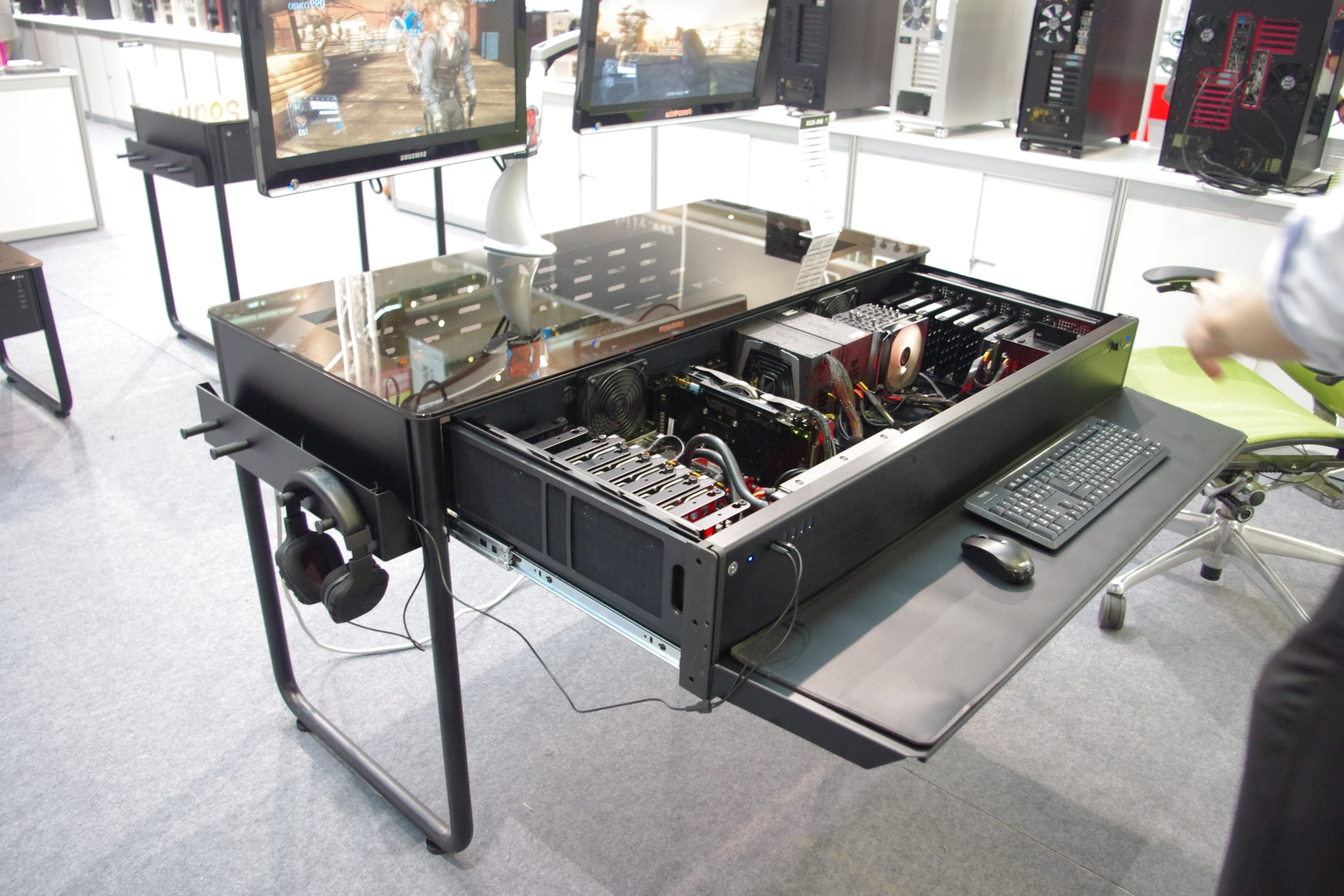 Most Popular Computer Desks With Usb Ports With Computex 2014: Lian Li's Dk 02X Chassis That Is Also A Desk (View 17 of 20)