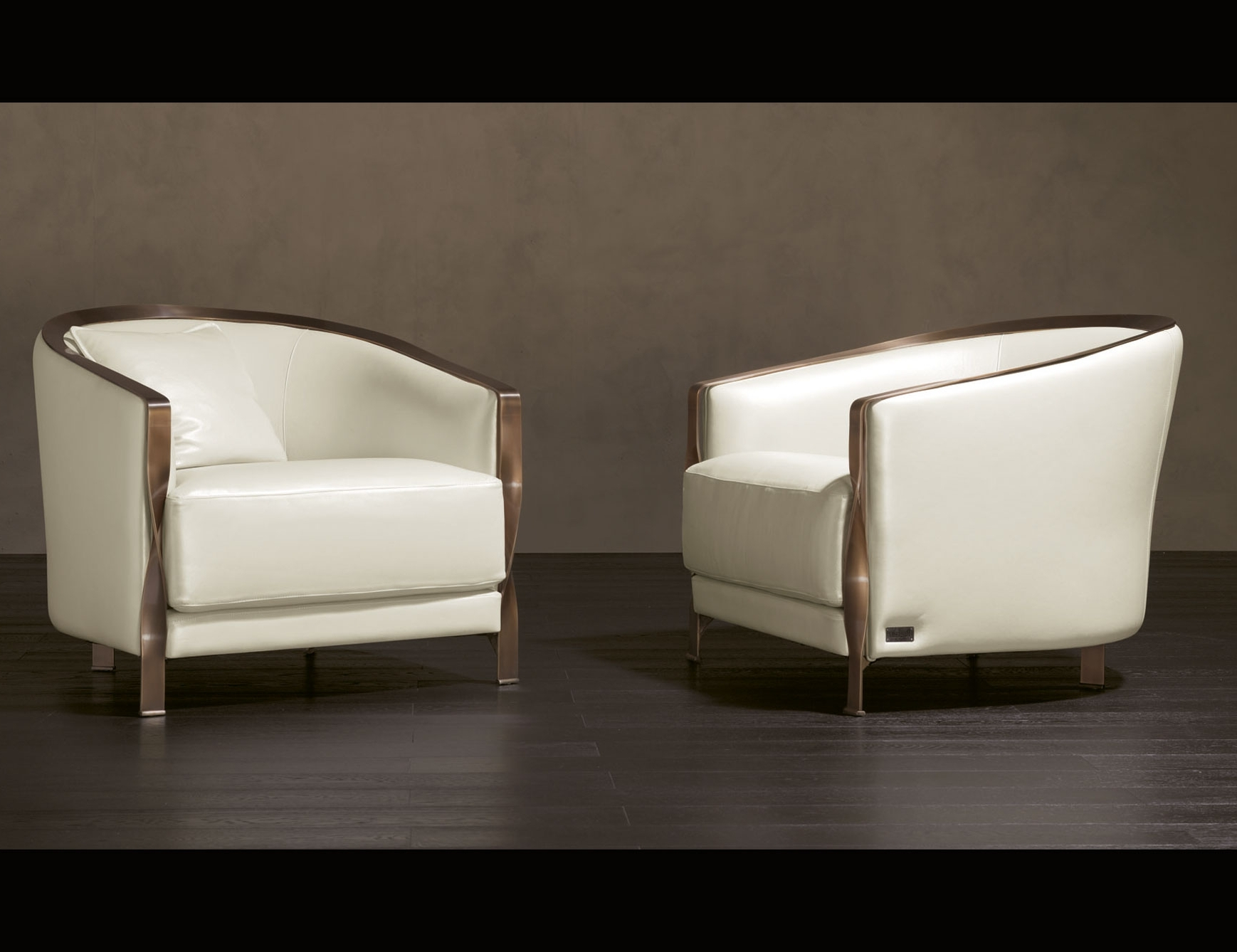 Most Popular Lounge Sofas And Chairs Regarding Nella Vetrina Rugiano Paris 90B Arm Chair In White Leather (View 14 of 20)