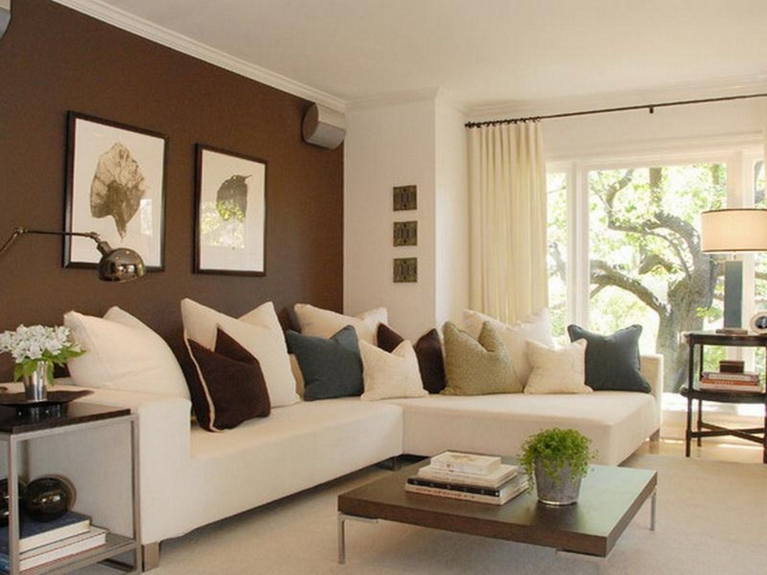 Most Popular Sectionals For Small Living Rooms Pertaining To Sectional Sofas For Small Living Rooms (View 16 of 20)