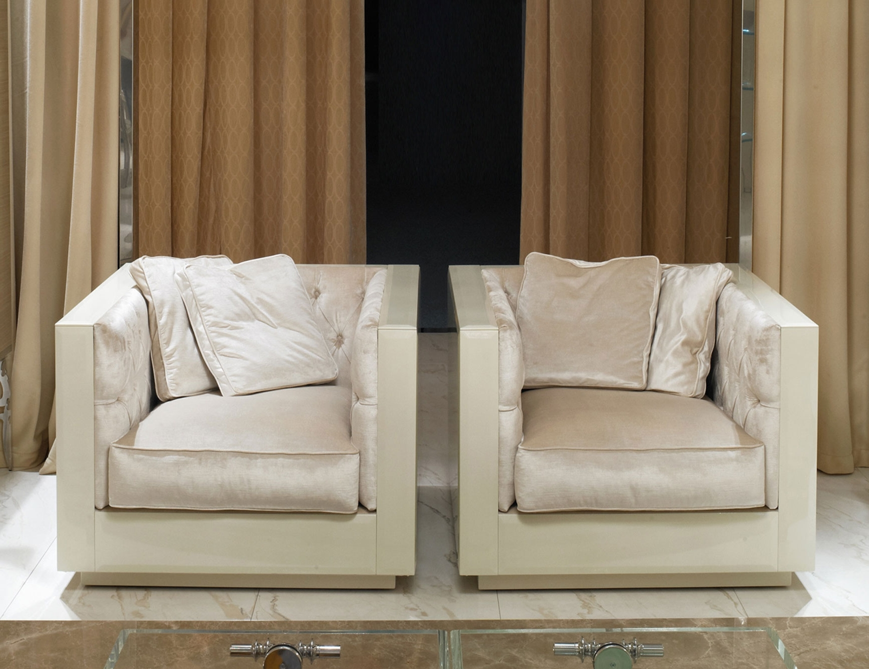 Most Recent Wide Sofa Chairs Inside Nella Vetrina Visionnaire Ipe Cavalli Evelake Luxury Italian Chair (View 6 of 20)