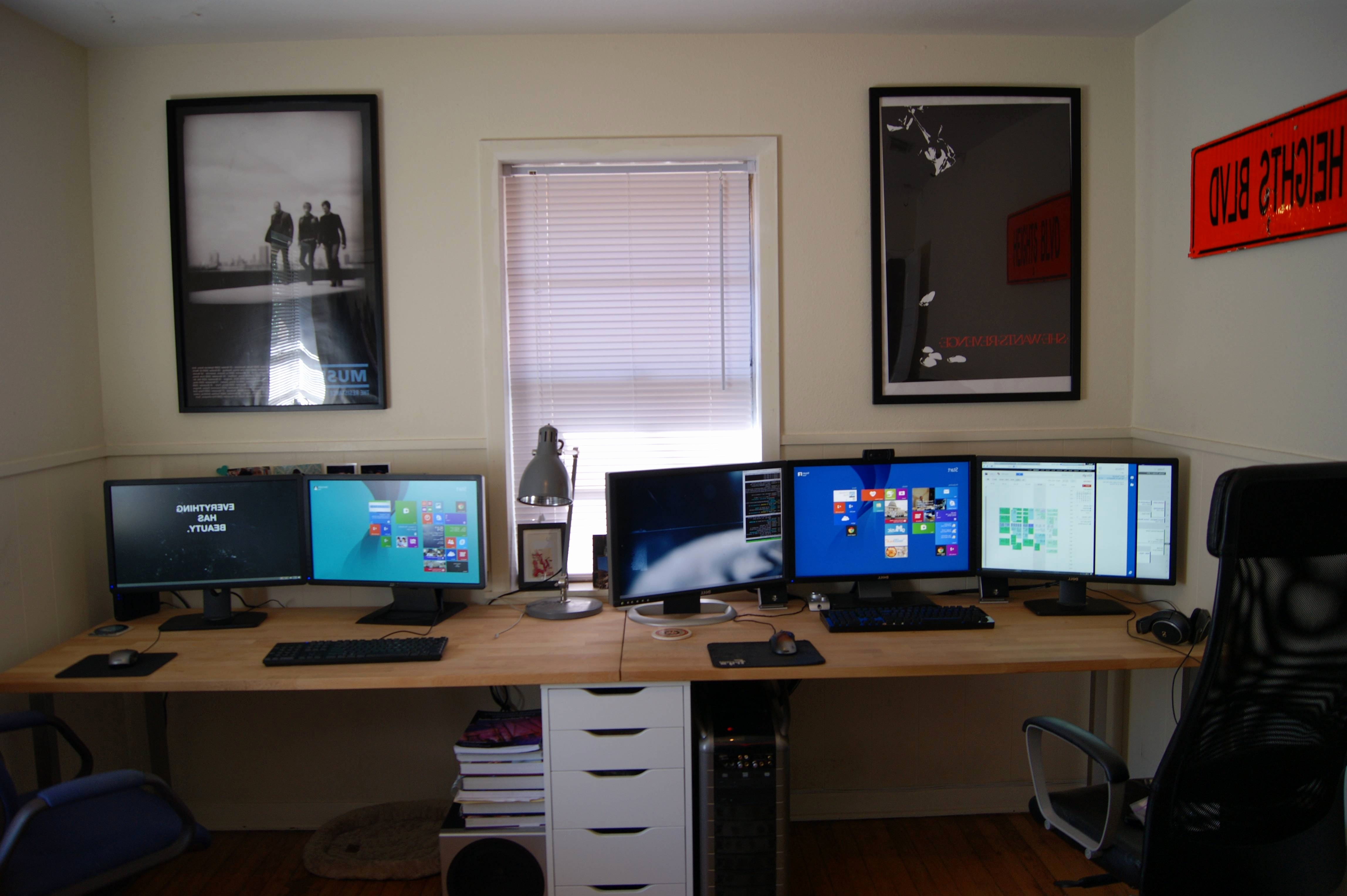 Most Recently Released Computer Desks For Dual Monitors In 20 Unique Dual Monitor Gaming Desk (View 20 of 20)