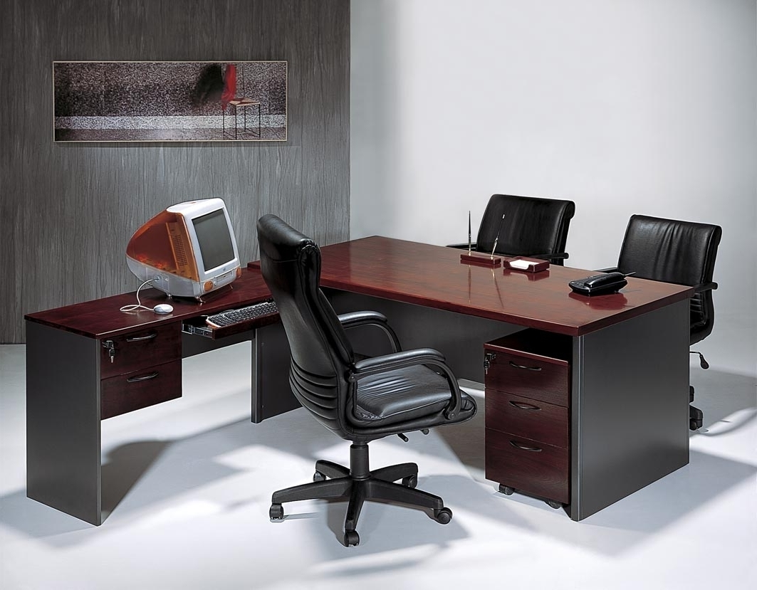 Most Recently Released Contemporary Executive Office Chairs Regarding Contemporary Office Chairs And How To Choose The Right One For You (View 17 of 20)