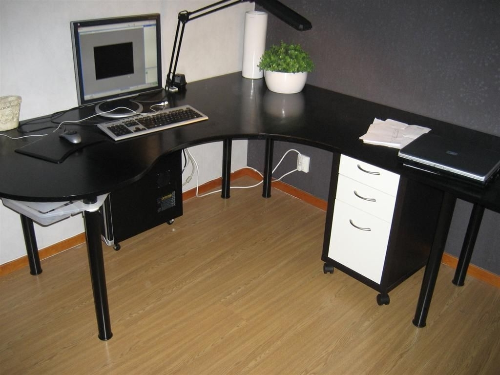 Most Recently Released Large Computer Desk Black – New Furniture Inside Large Computer Desks (View 14 of 20)