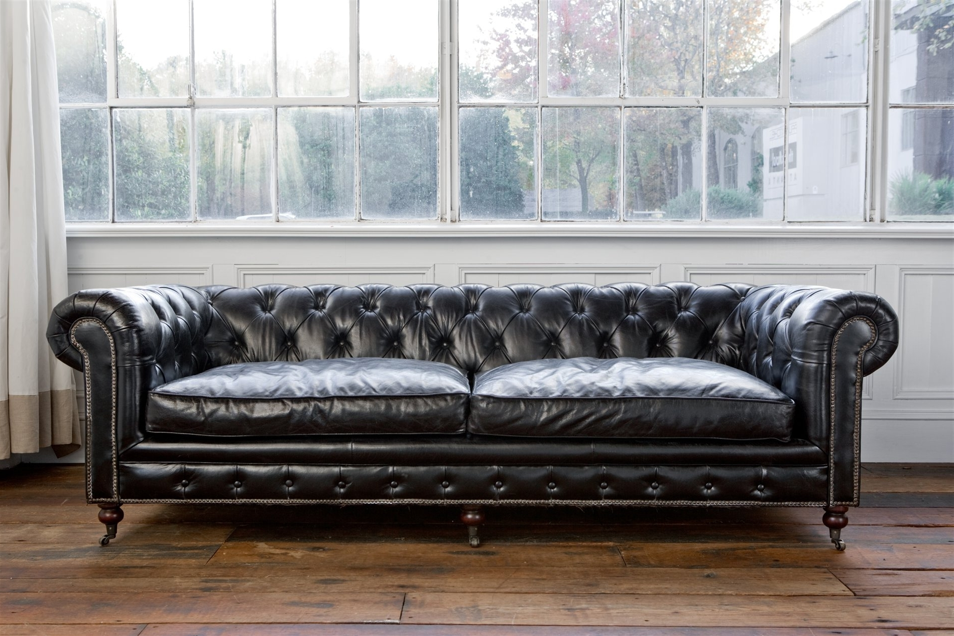 Most Recently Released Tufted Leather Chesterfield Sofas For Regina Andrew Design 4 164Vbk Extra Deep Blk Chesterfield Sofa Med (View 6 of 20)