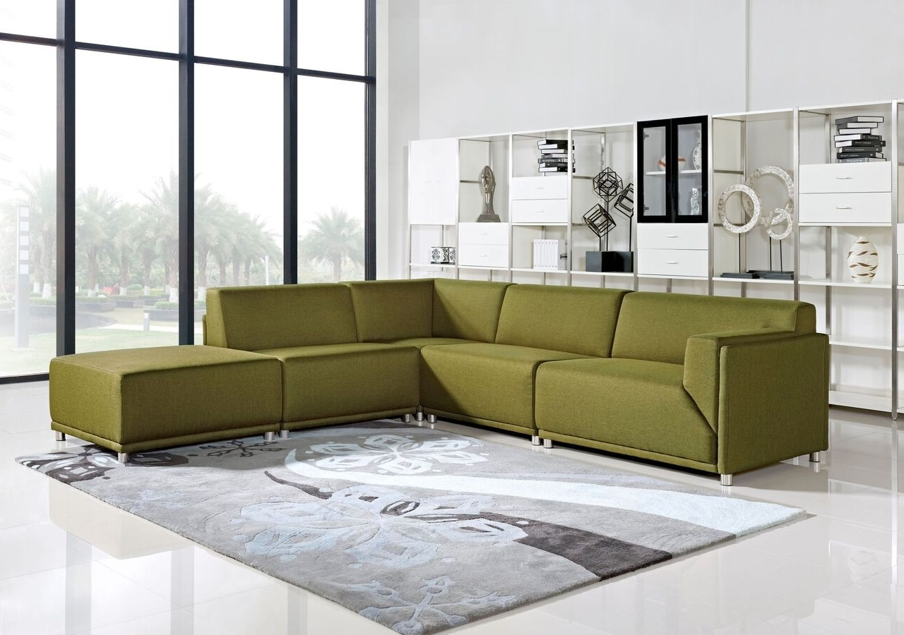 Most Up To Date Green Sectional Sofas With Chaise For New Green Sectional Sofa With Chaise – Buildsimplehome (View 14 of 20)
