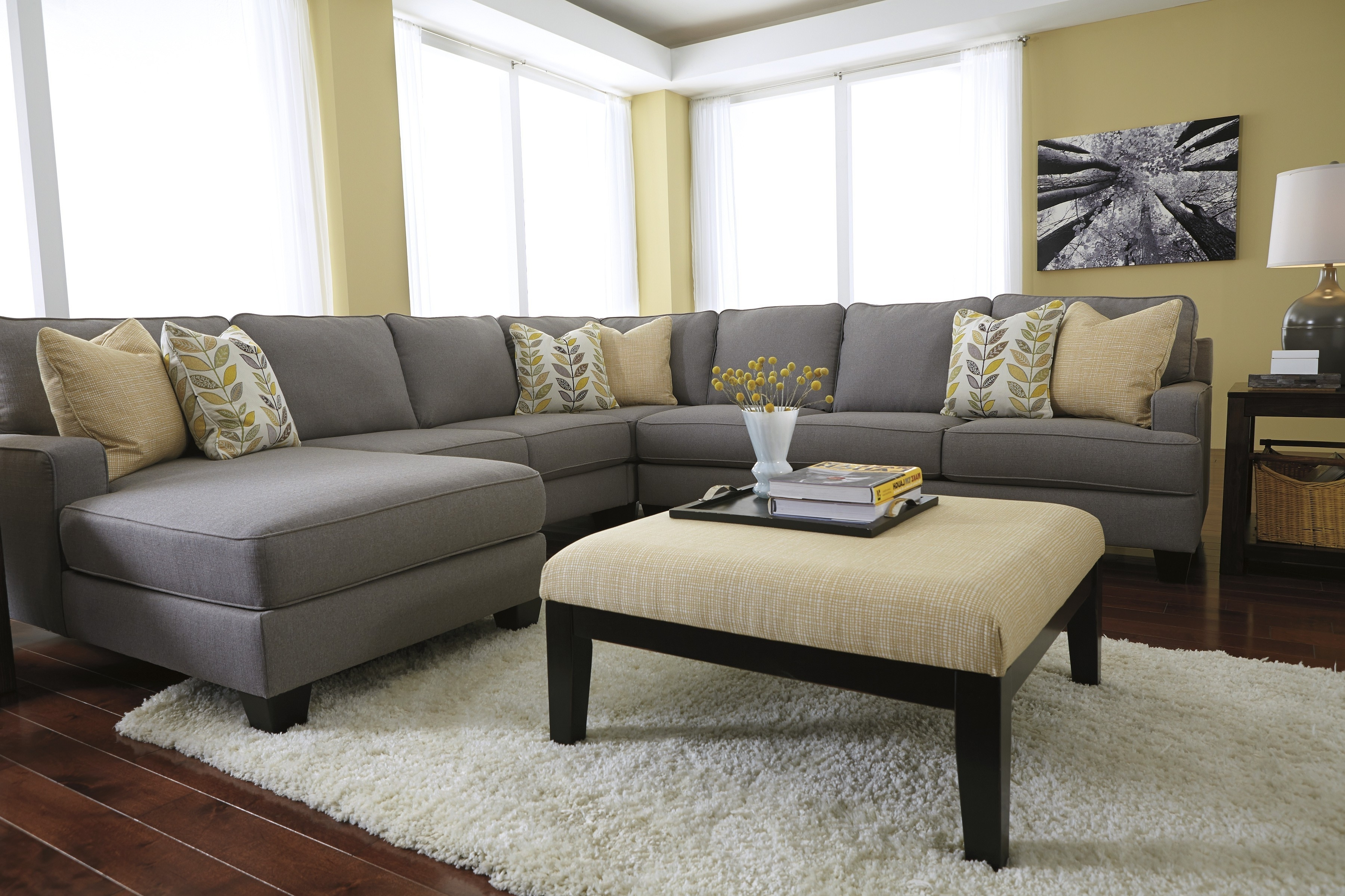 Most Up To Date Home Design : Extraordinary Best Modern Fabric Sectional Sofas Regarding Sectional Sofas With Chaise And Ottoman (View 19 of 20)