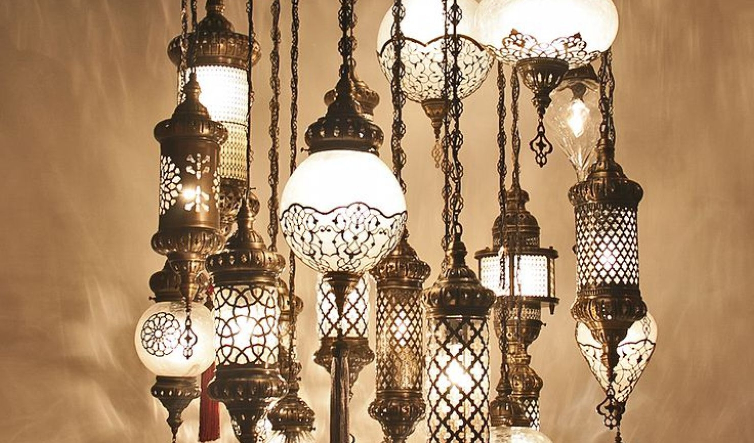 Most Up To Date Turquoise Gem Chandelier Lamps Pertaining To Chandelier : Wonderful Turquoise Chandelier Crystals A Wonderful (View 10 of 20)